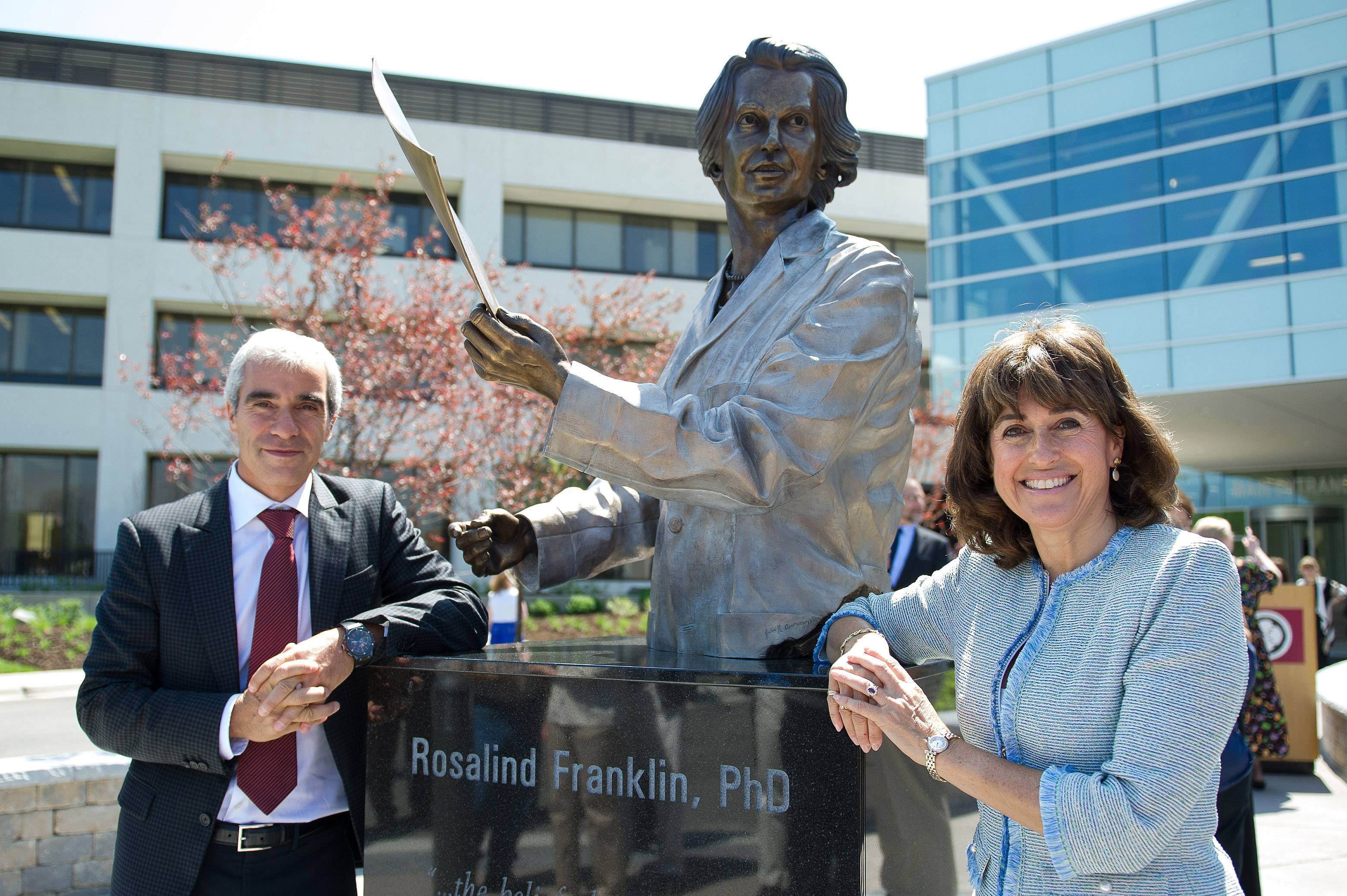 Martin Franklin, left, and Rosalind Franklin Jekowsky, the nephew and niece of the late-British scientist Rosalind Franklin attended Thursday's unveiling of a bronze statue in her honor at Rosalind Franklin University of Medicine and Science in North Chicago.