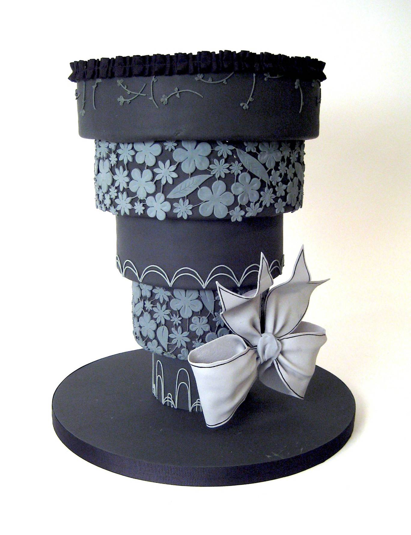 This divorce cake, an upside-down wedding cake frosted in black, was created by celebrity chef and baker Duff Goldman from Charm City Cakes in Baltimore, Md.