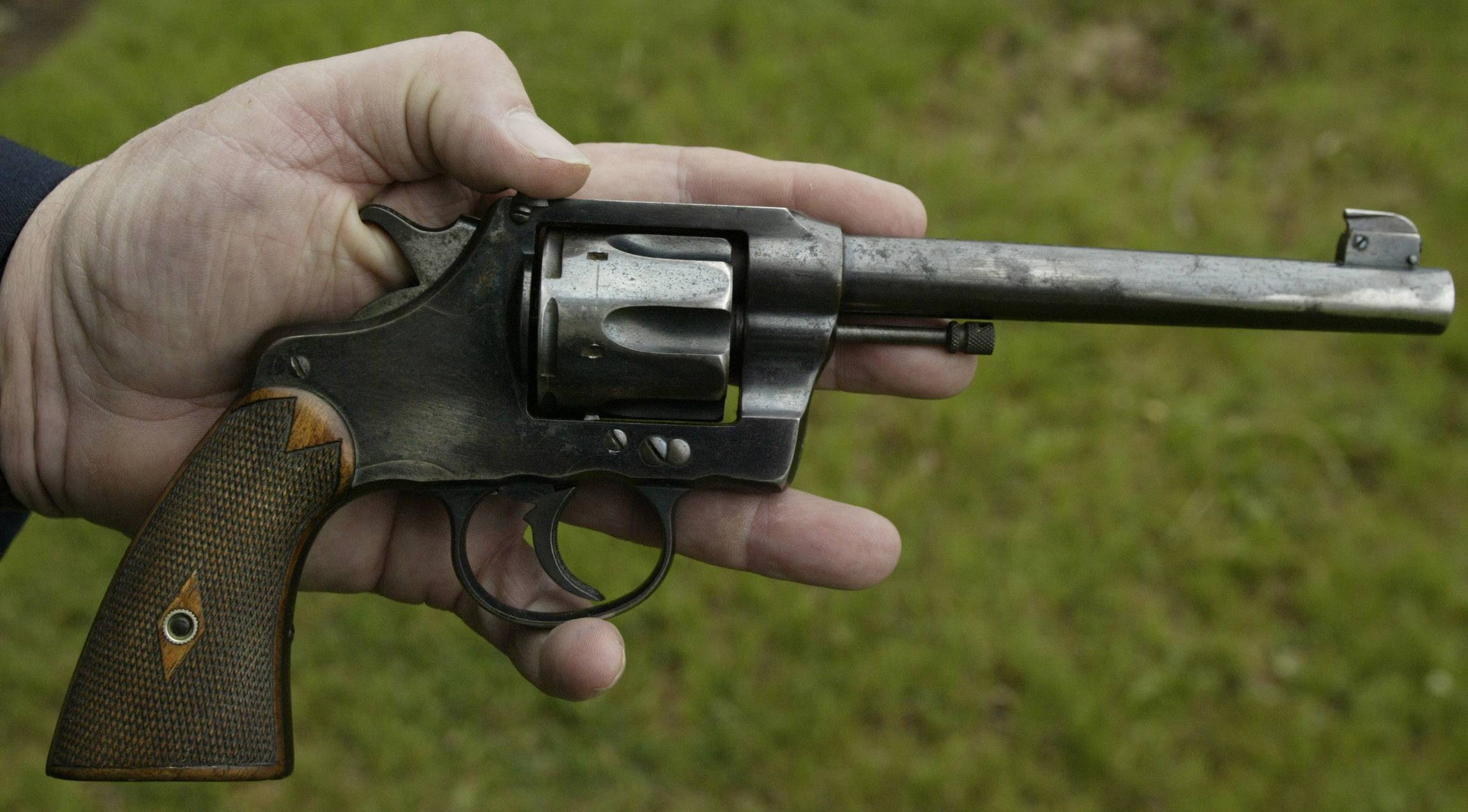 The gun used to murder G. Earle Eldredge and Charles M. Eldredge, 24 years apart.