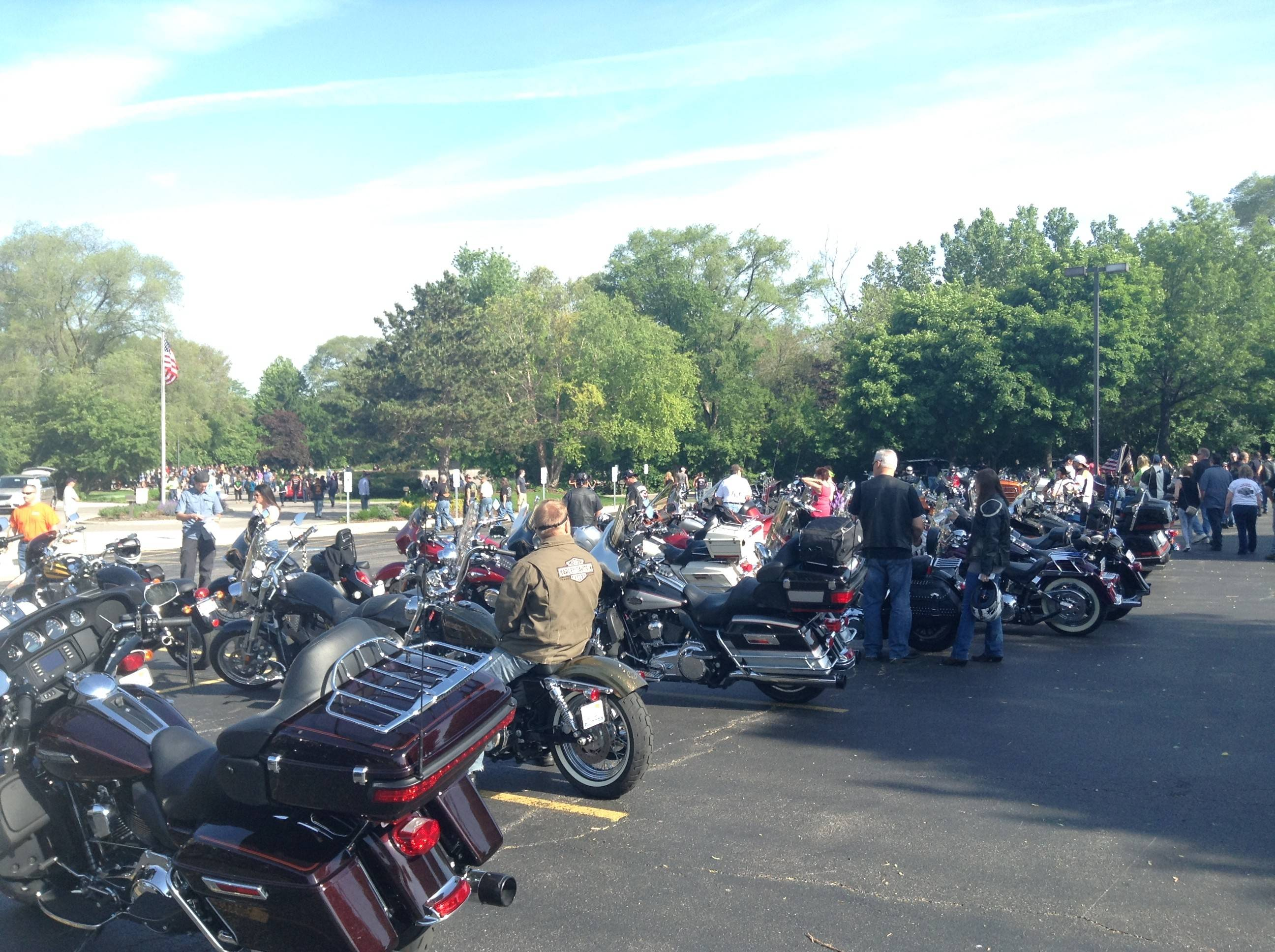 More than 200 motorcyclists gathered in the Linden Oaks parking lot Saturday morning before heading to Starved Rock on a charity ride.