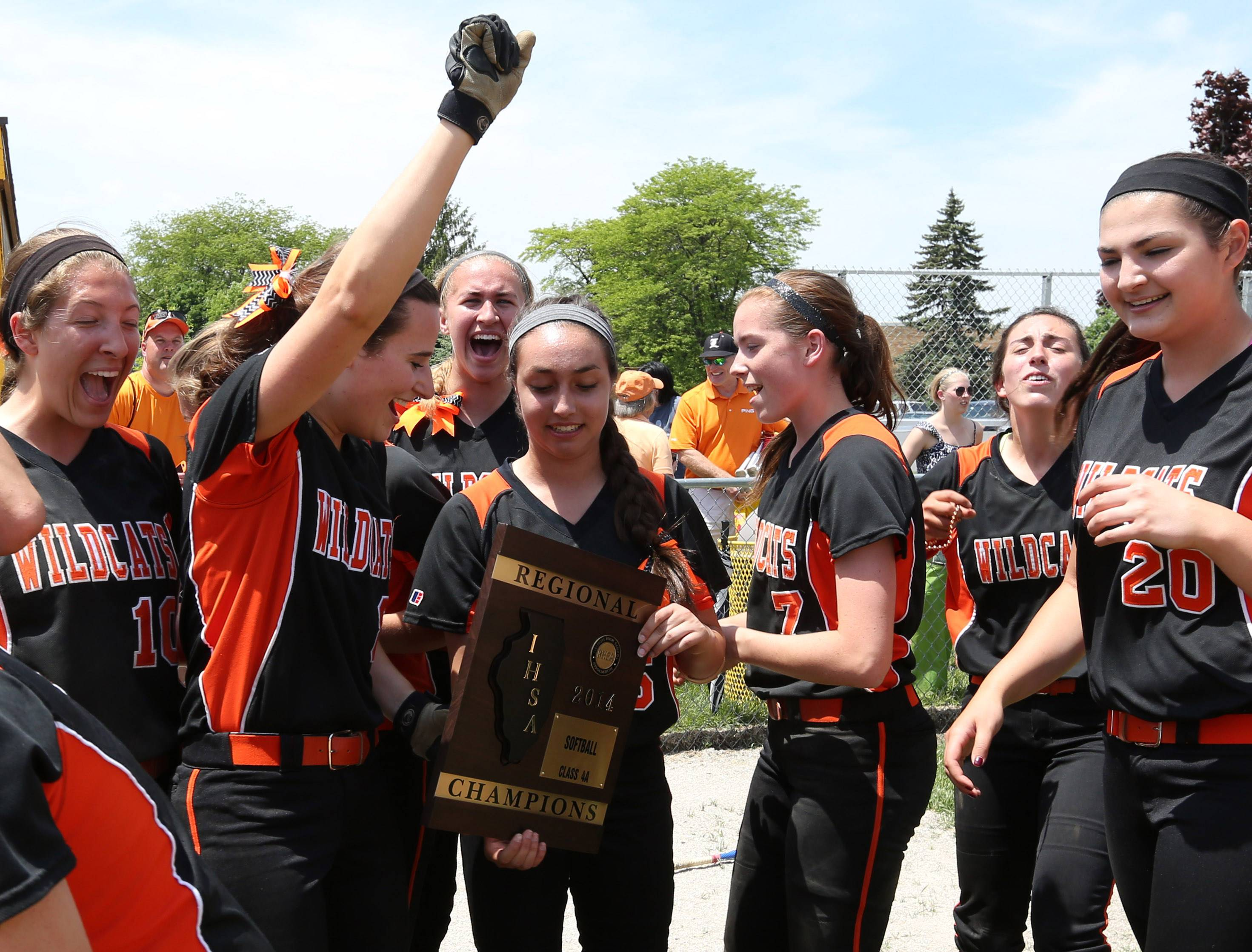 Libertyville celebrates its win in the Class 4A Carmel softball regional final on Saturday.