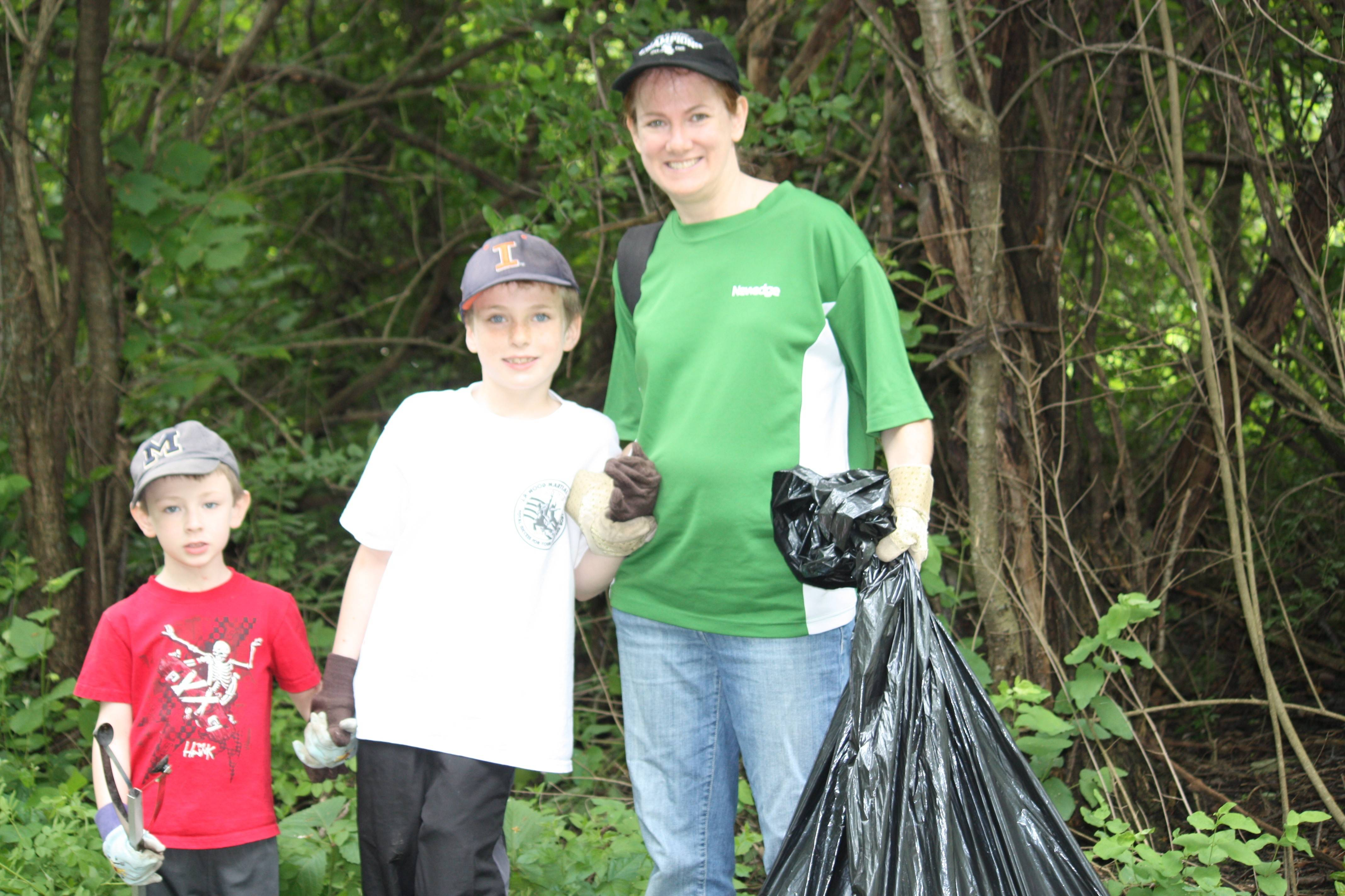 In recognition of National Trails Day, the Palatine Park District Environmental Committee is hosting a community cleanup of the Palatine Trail from 9 a.m. to noon Saturday, June 7.