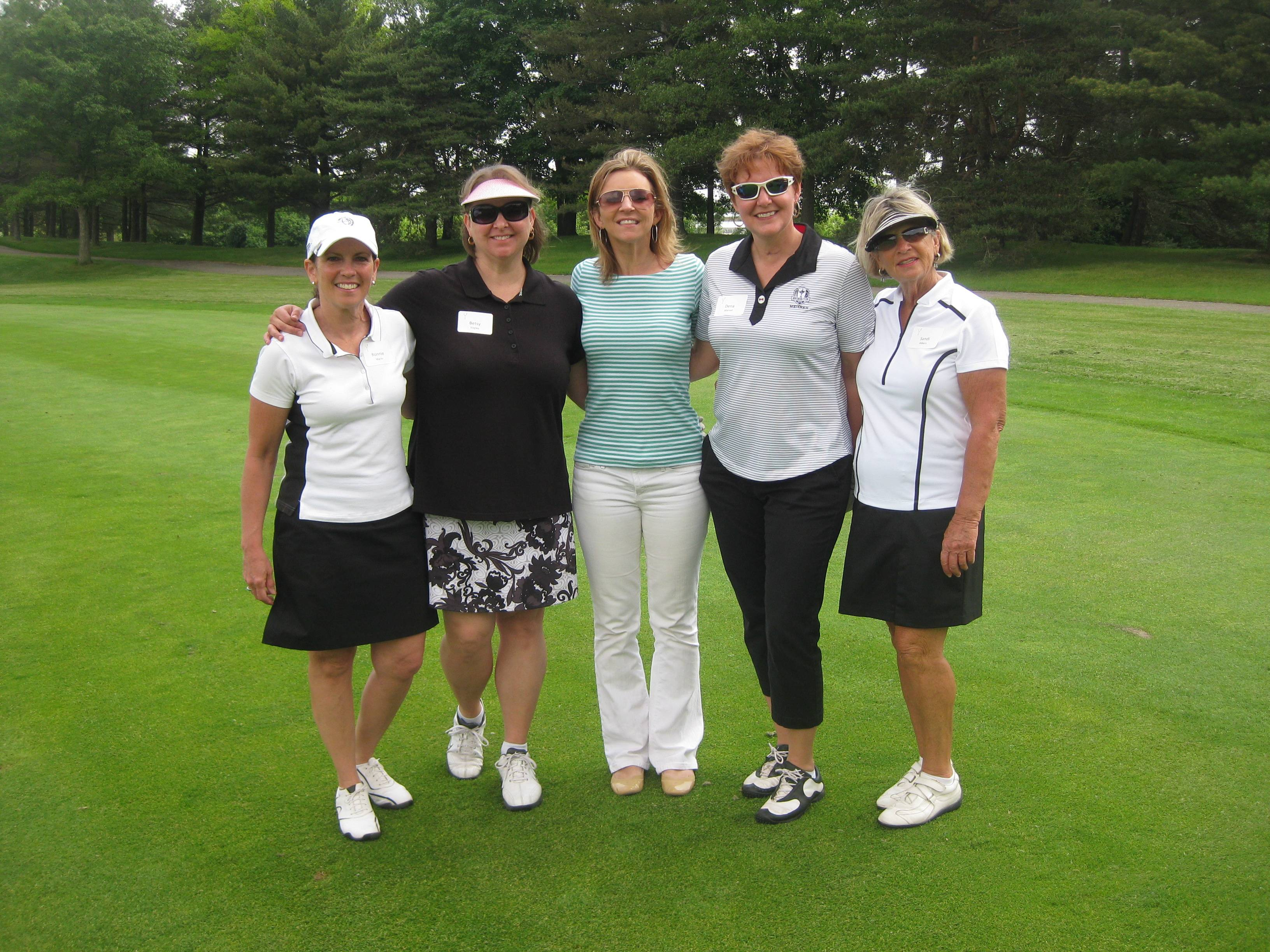 (From left to right) Ronnie Marin, Betsy Voyles, Dena Marvel and Sandi Albers pose with Kathy Hart, co-host of The Eric & Kathy Show on 101.9 fm THE MIX, at last year's Clearbrook Women's Classic.Clearbrook