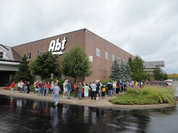 abt electronics to expand glenview warehouse