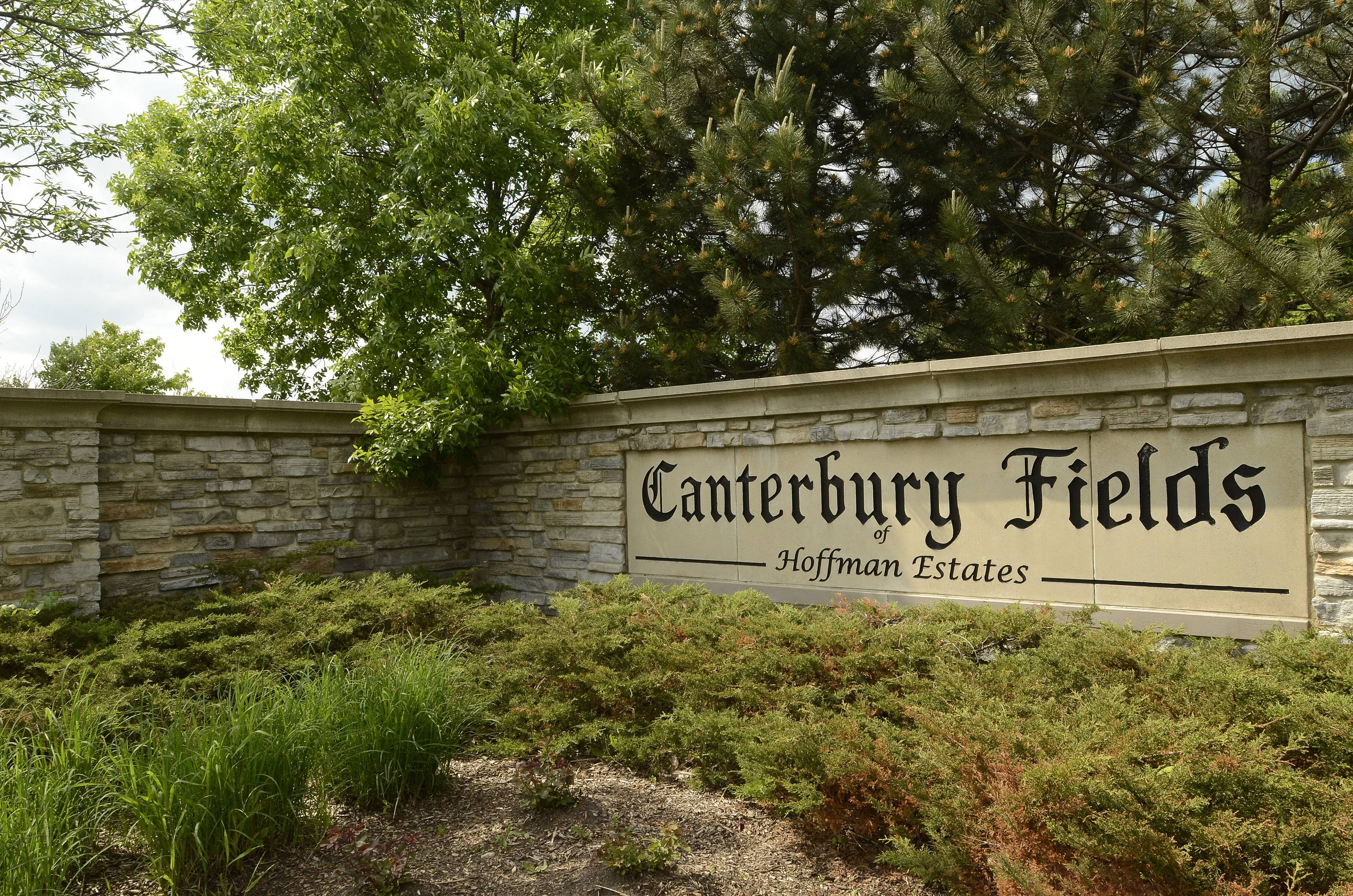 Canterbury Fields is an upscale townhouse community off Shoe Factory Road in Hoffman Estates.