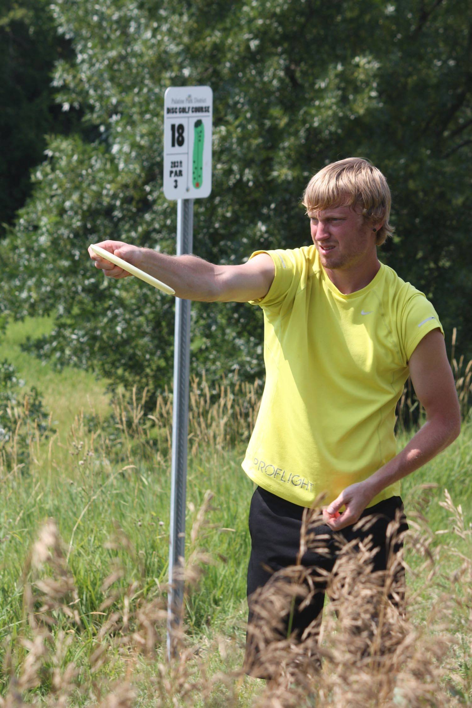 Palatine Park District hosts the Margreth Riemer Open Disc Golf Tournament presented by Walgreens on Saturday, June 14. For information, www.palatineparks.org.