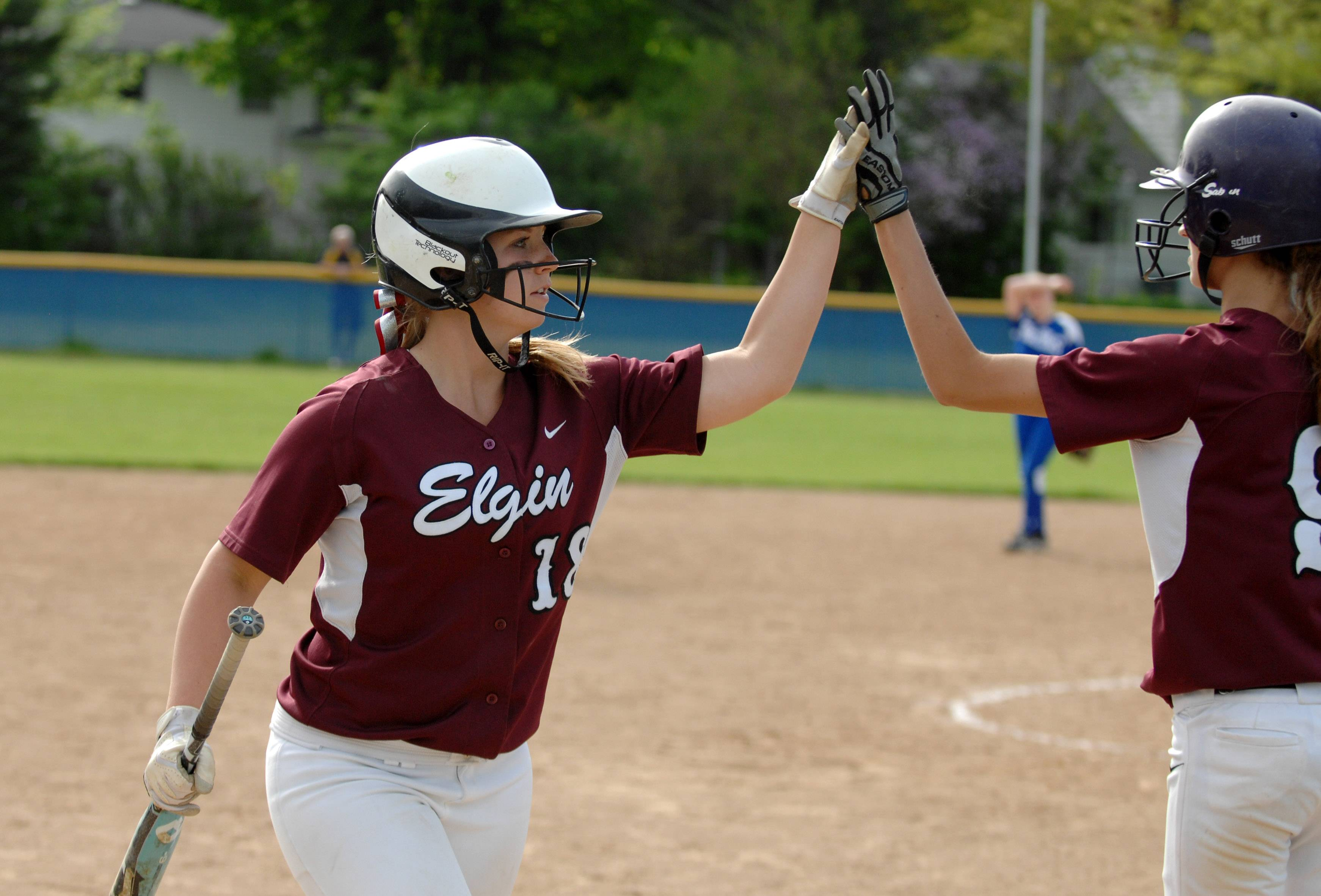 Elgin's Kelly Bremer (18) is a recipient of an Elgin Sports Hall of Fame Foundation scholarship.
