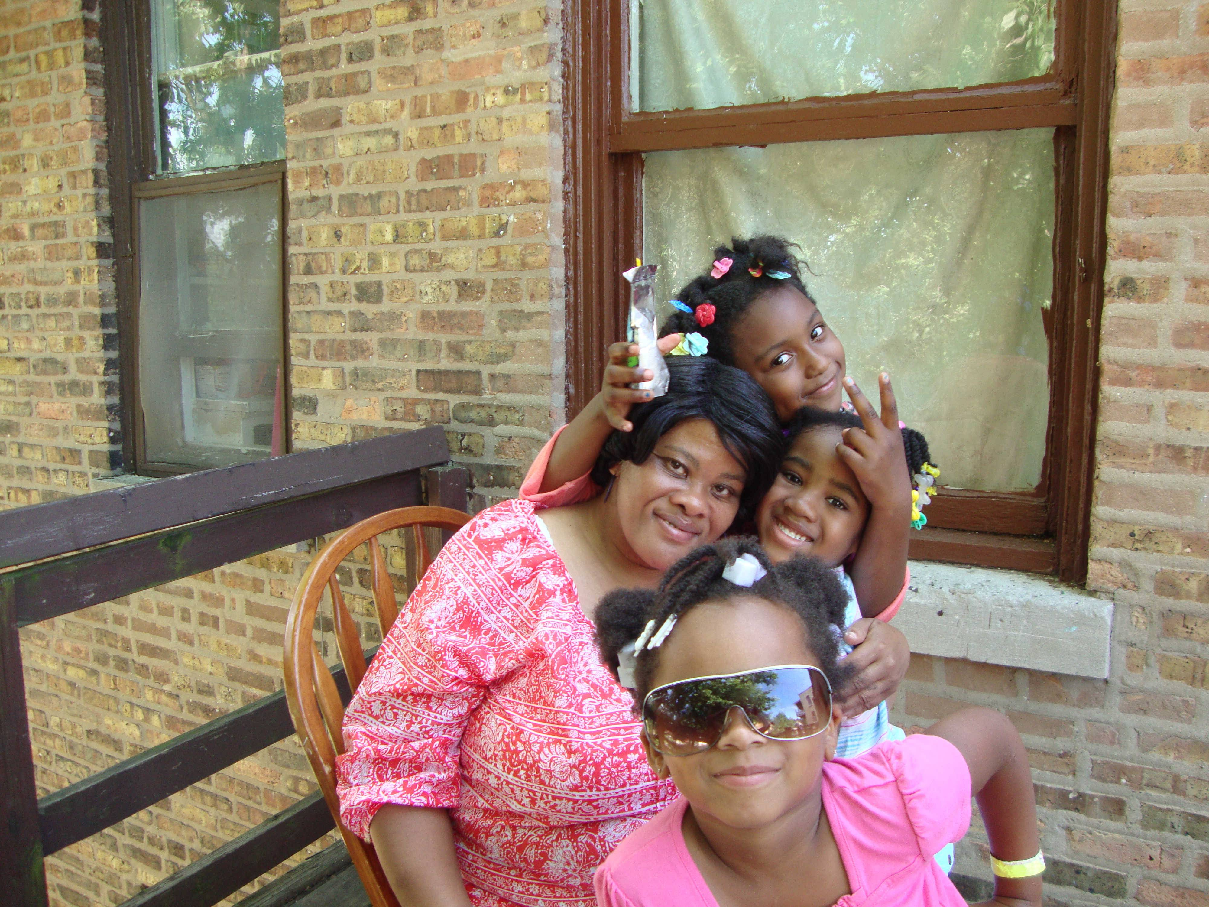Elgin cabdriver Melba Farr, 56, who died June 8 after a crash on the tollway, is pictured with some of her grandchildren.