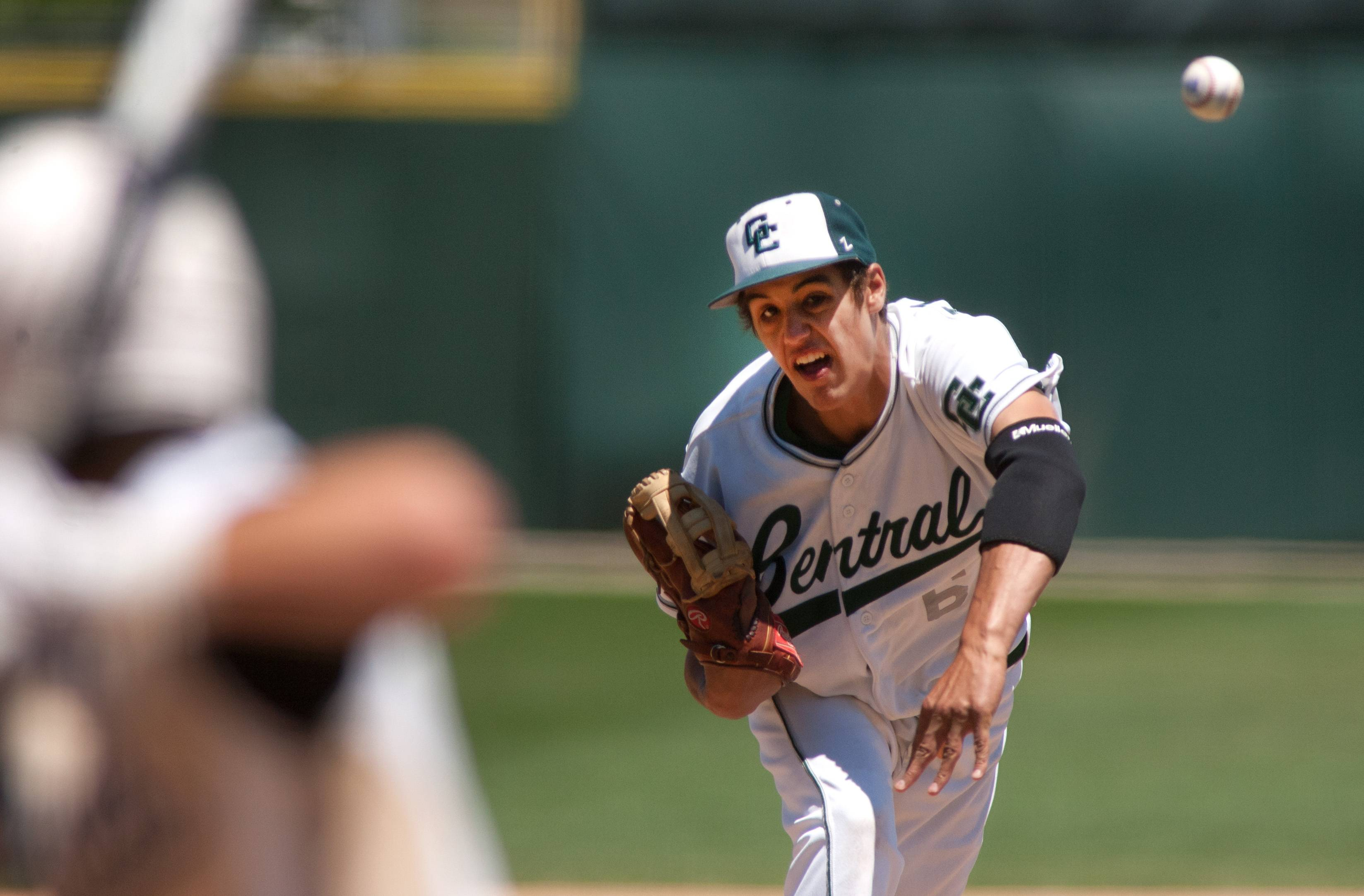 Grayslake Central pitcher David Llorens delivers against Springfield Sacred Heart-Griffin during Class 3A baseball state semifinals at Silver Cross Field in Joliet.