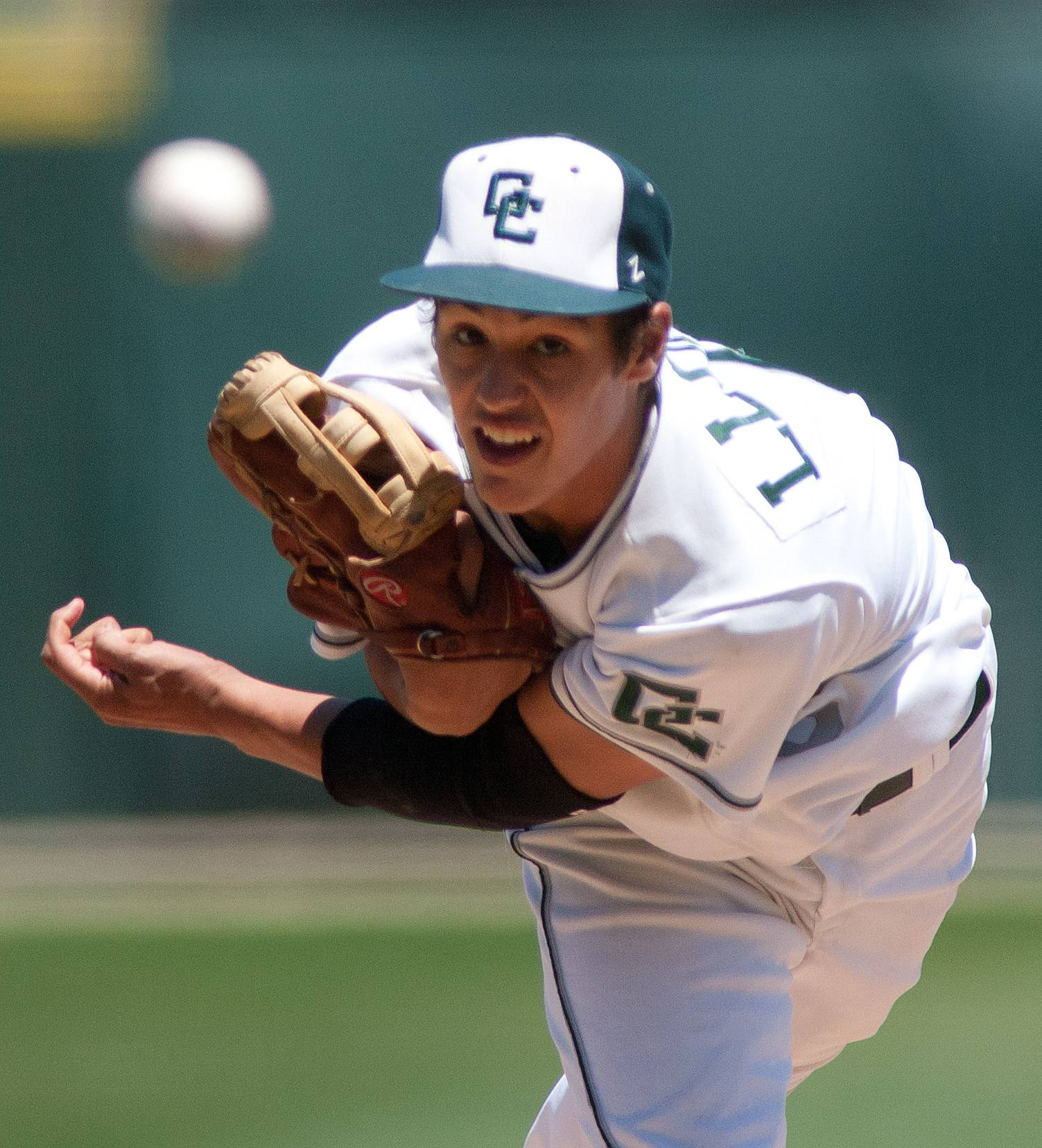 Grayslake Central pitcher David Llorens delivers against Springfield Sacred Heart-Griffin during the Class 3A state baseball semifinals at Silver Cross Field in Joliet.