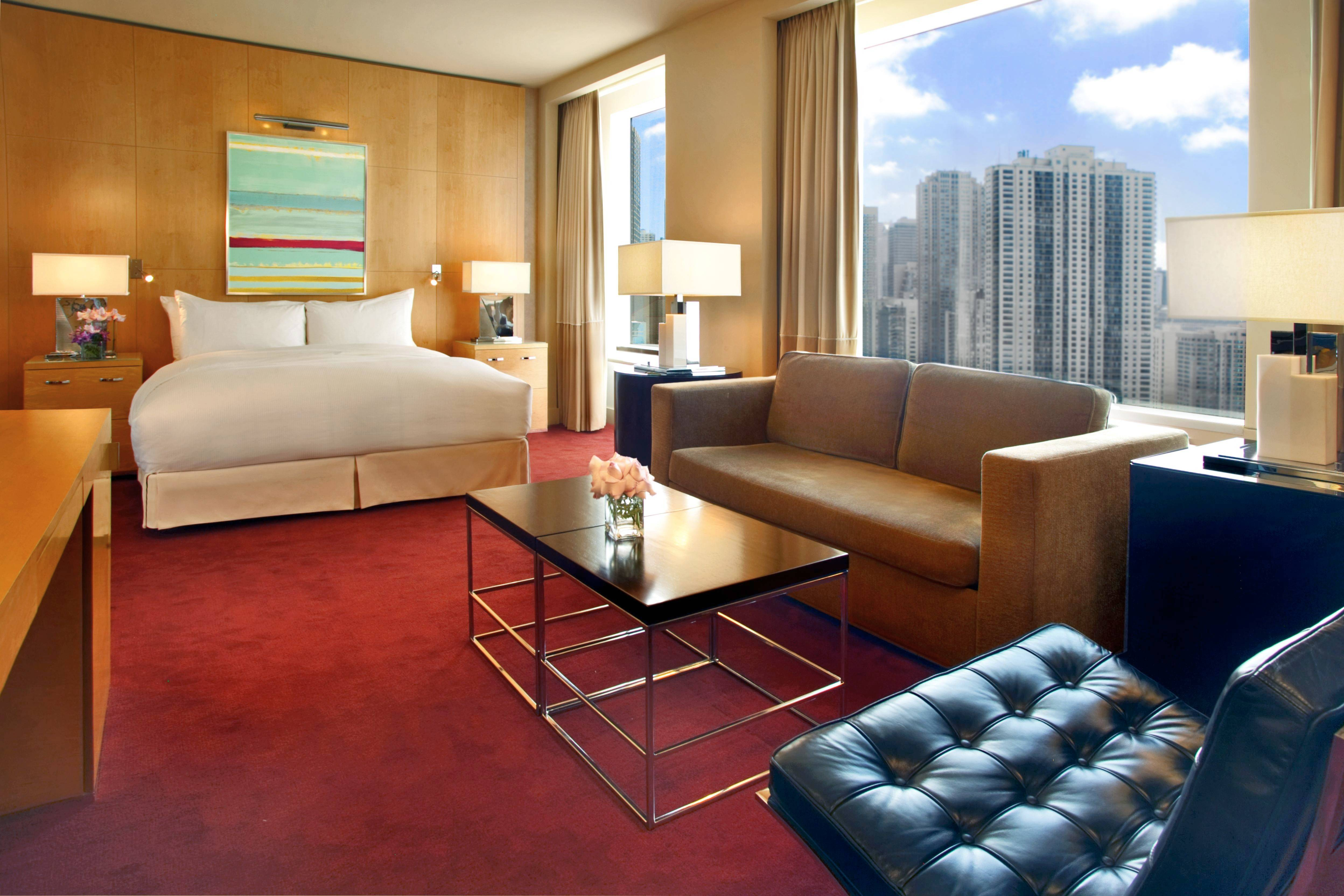 Sofitel Chicago Water Tower offers two summer packages -- the Family Escape and So Shopping -- that include overnight accommodations and more.