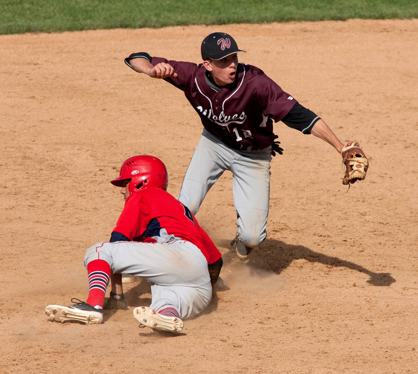South Elgin's Dane Toppel gets picked off second base in the sixth inning against Prairie Ridge during the Class 4A third-place game at Silver Cross Field in Joliet.