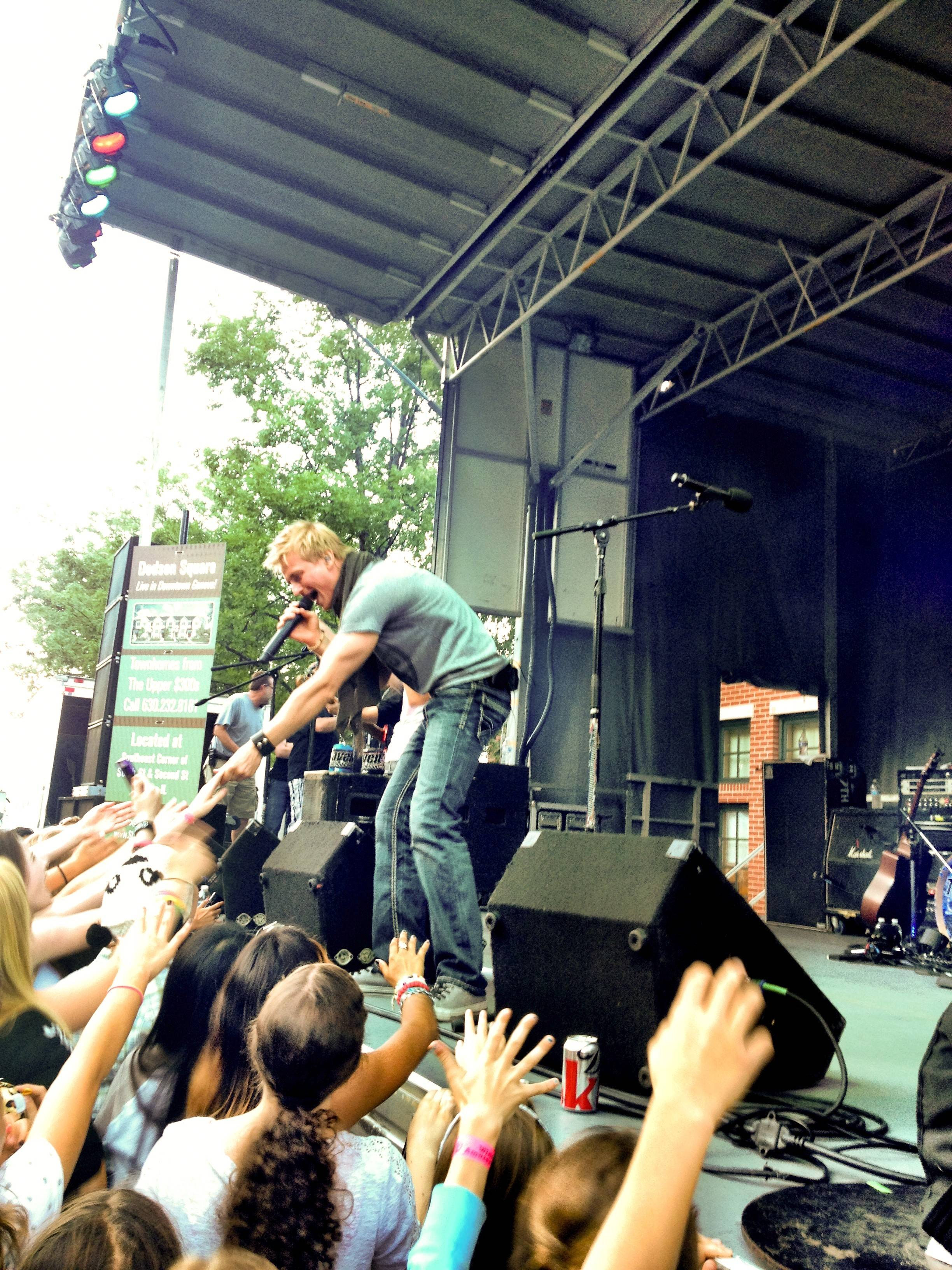 Popular band 7th Heaven headlines Saturday at Swedish Days.