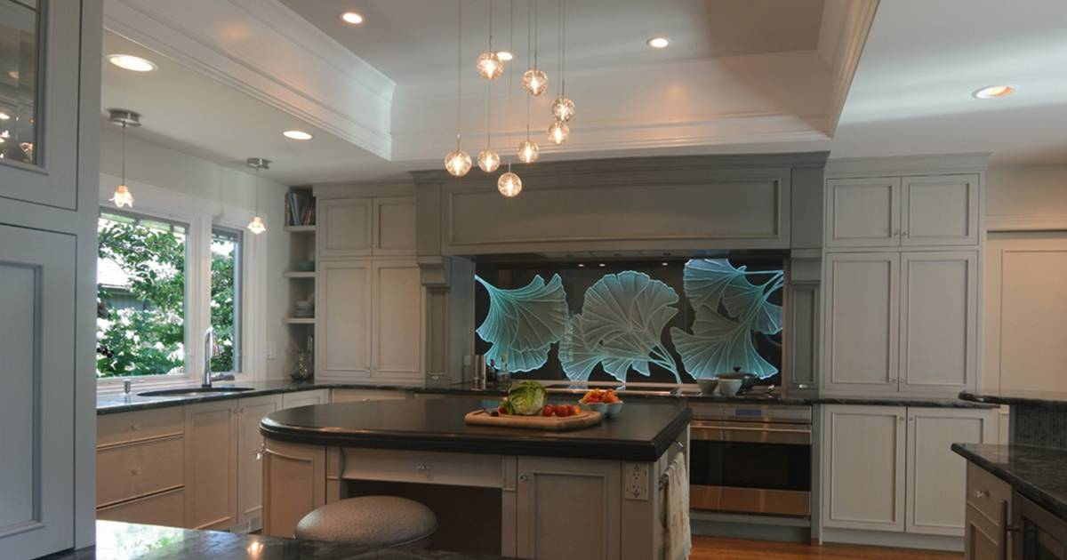 Award winning designs show what 39 s hot in the kitchen for Award winning kitchen designs 2010