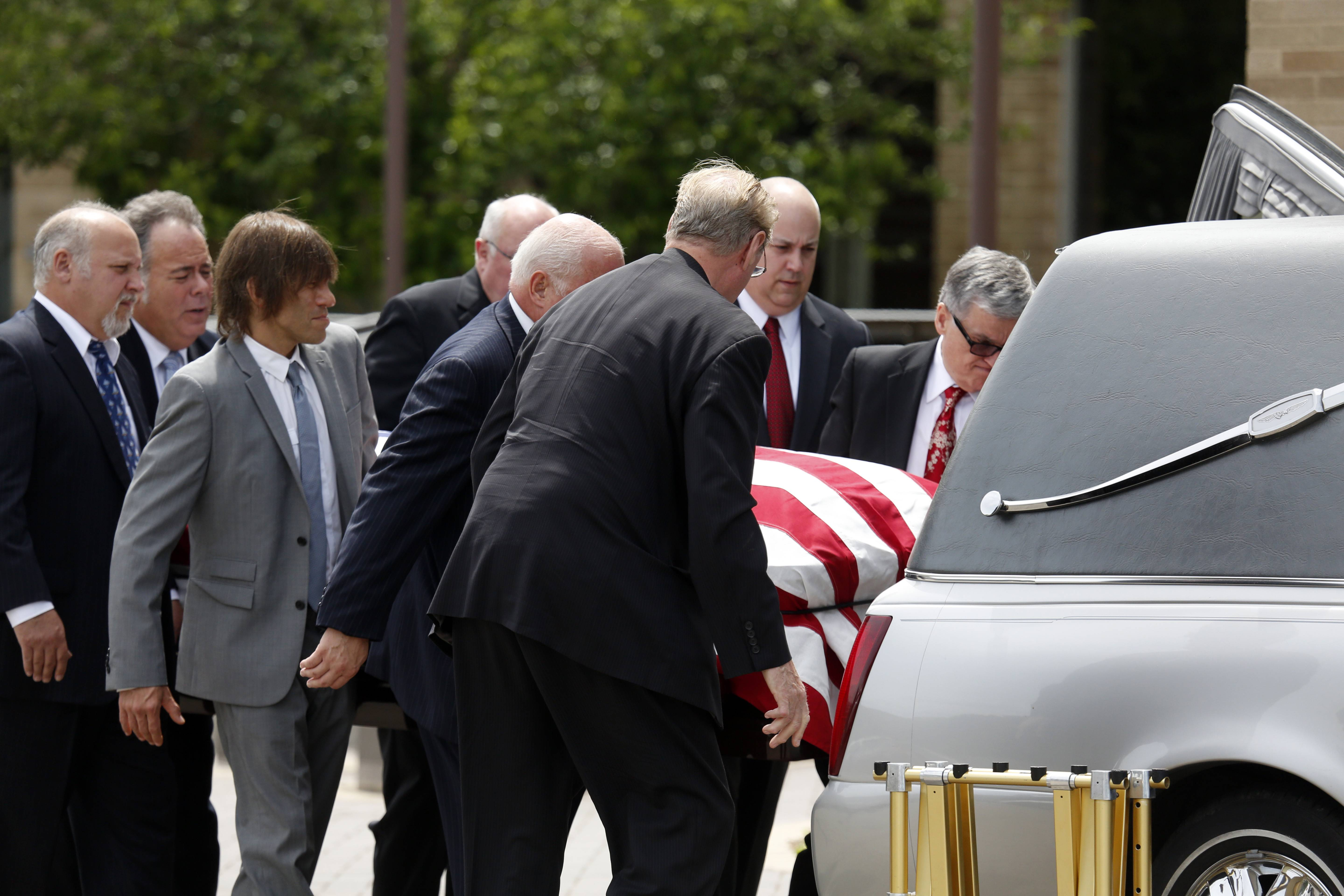 Jack Roeser was generous to a fault, never ceasing to give to causes and people he believed in, loved ones said at his funeral service Tuesday morning.