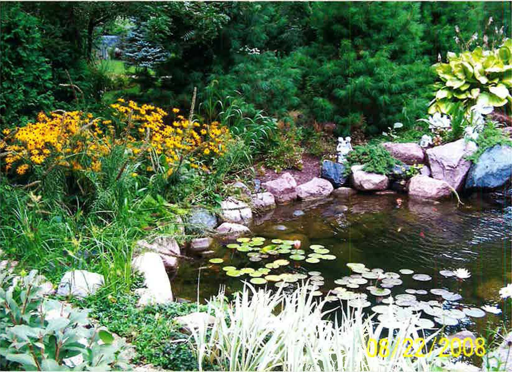 Zito Garden, one of the 6 private gardens featured at the Glen Ellyn Garden WalkArlene Zito