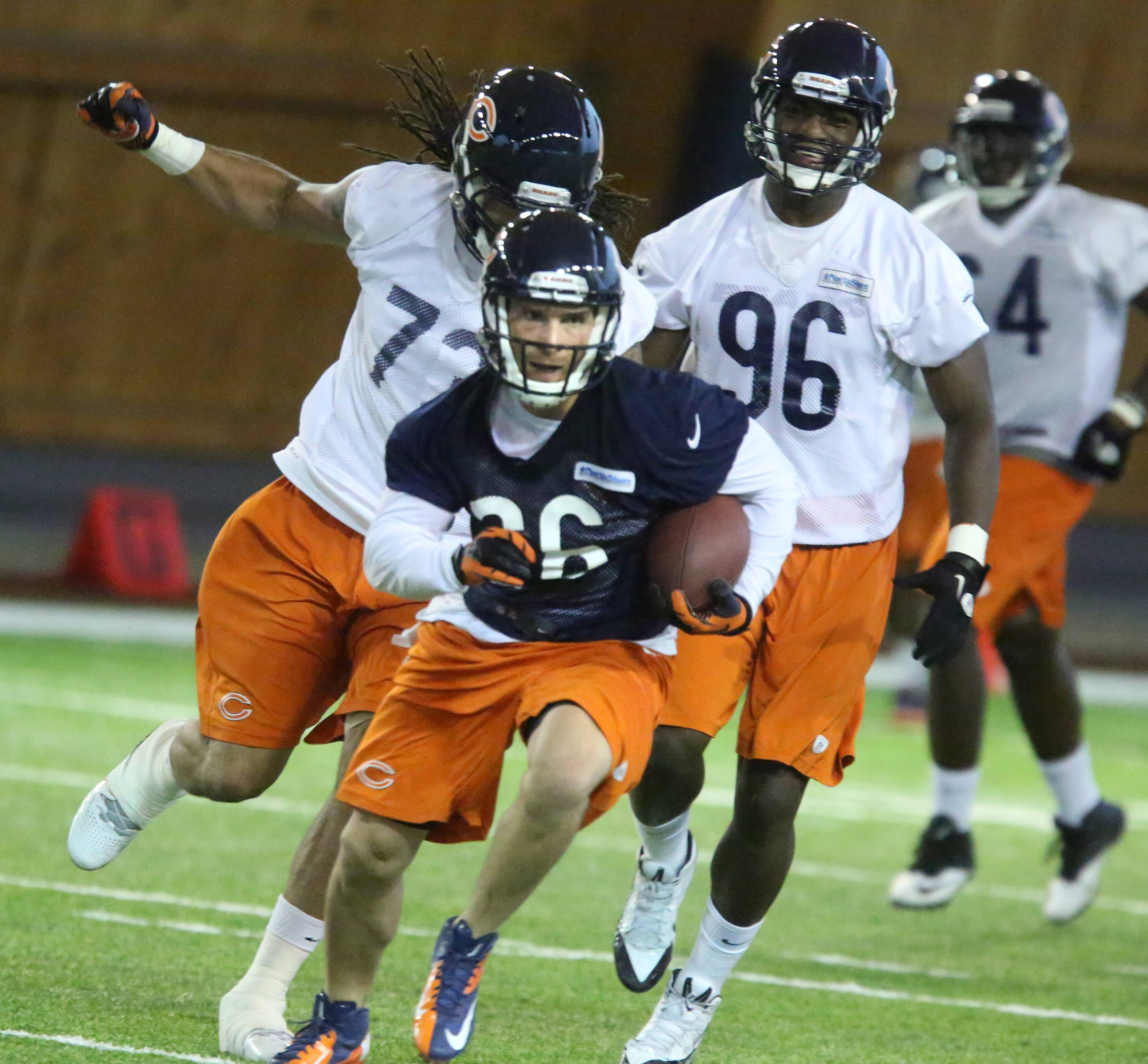 Lynch tackles role on Bears kick coverage team