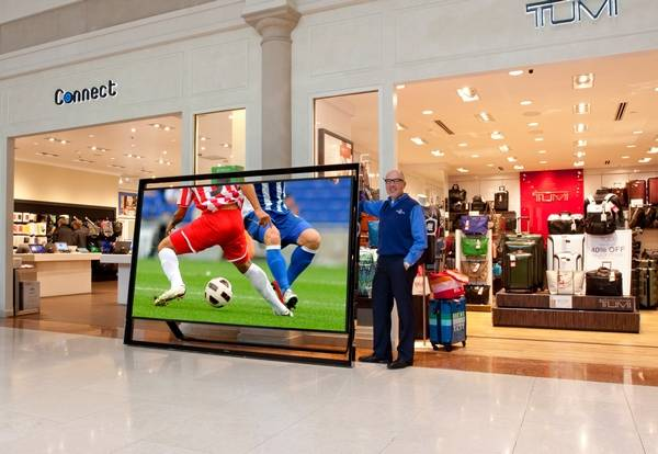 Samsungs Inch TV With Hefty Weight Price Tag - Abt samsung tv