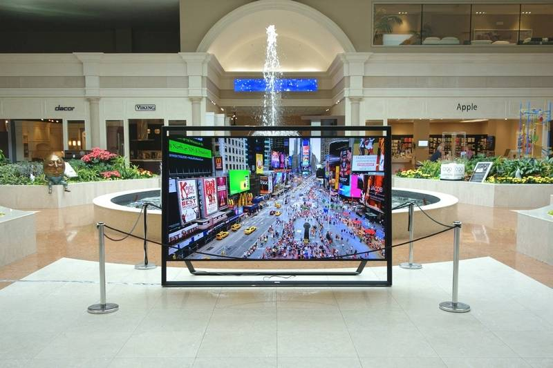 Samsungs 110 Inch TV With Hefty Weight Price Tag