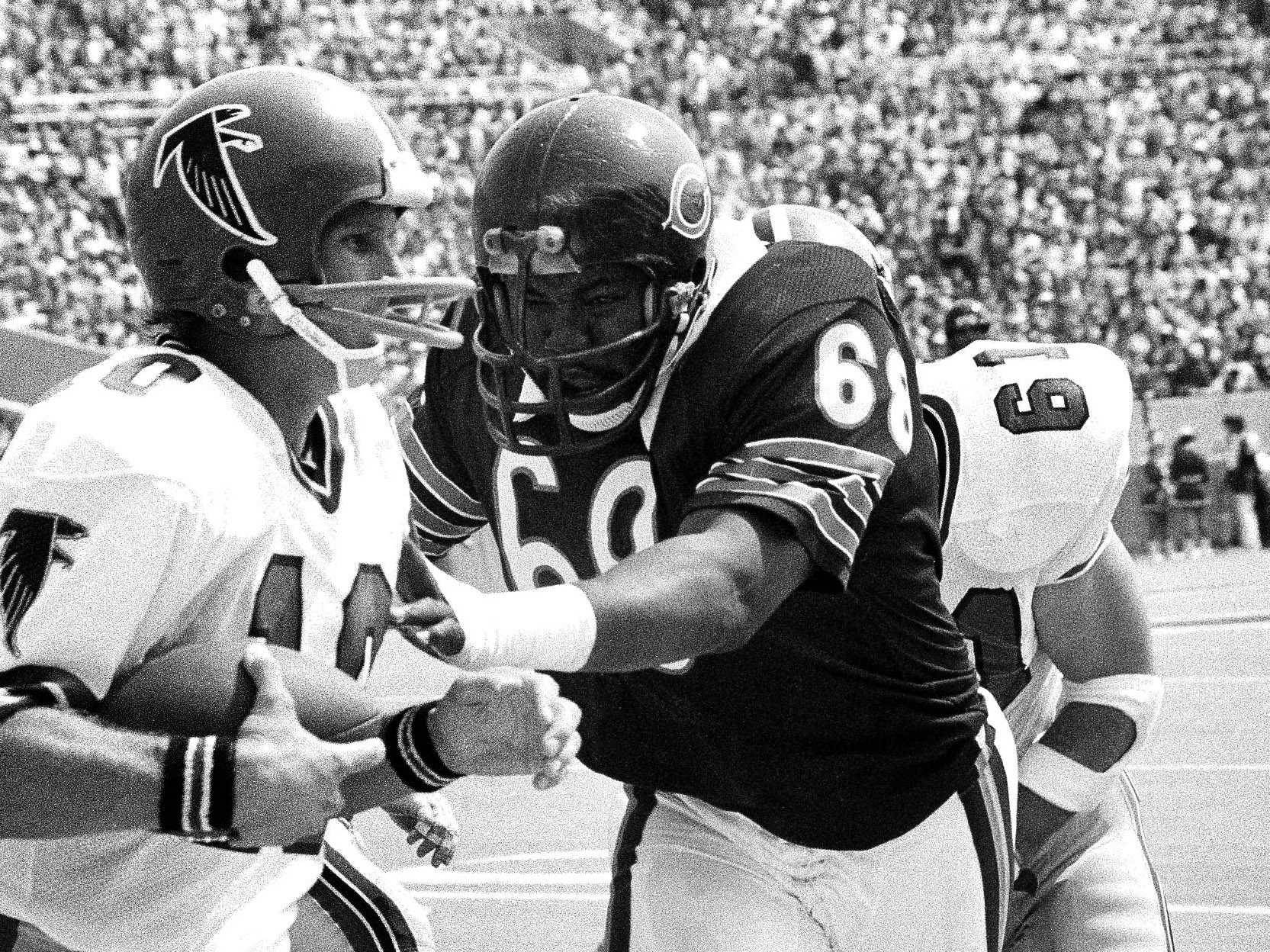 Defensive lineman Jim Osborne, 186 games, is tied for fifth among most games played in Bears history