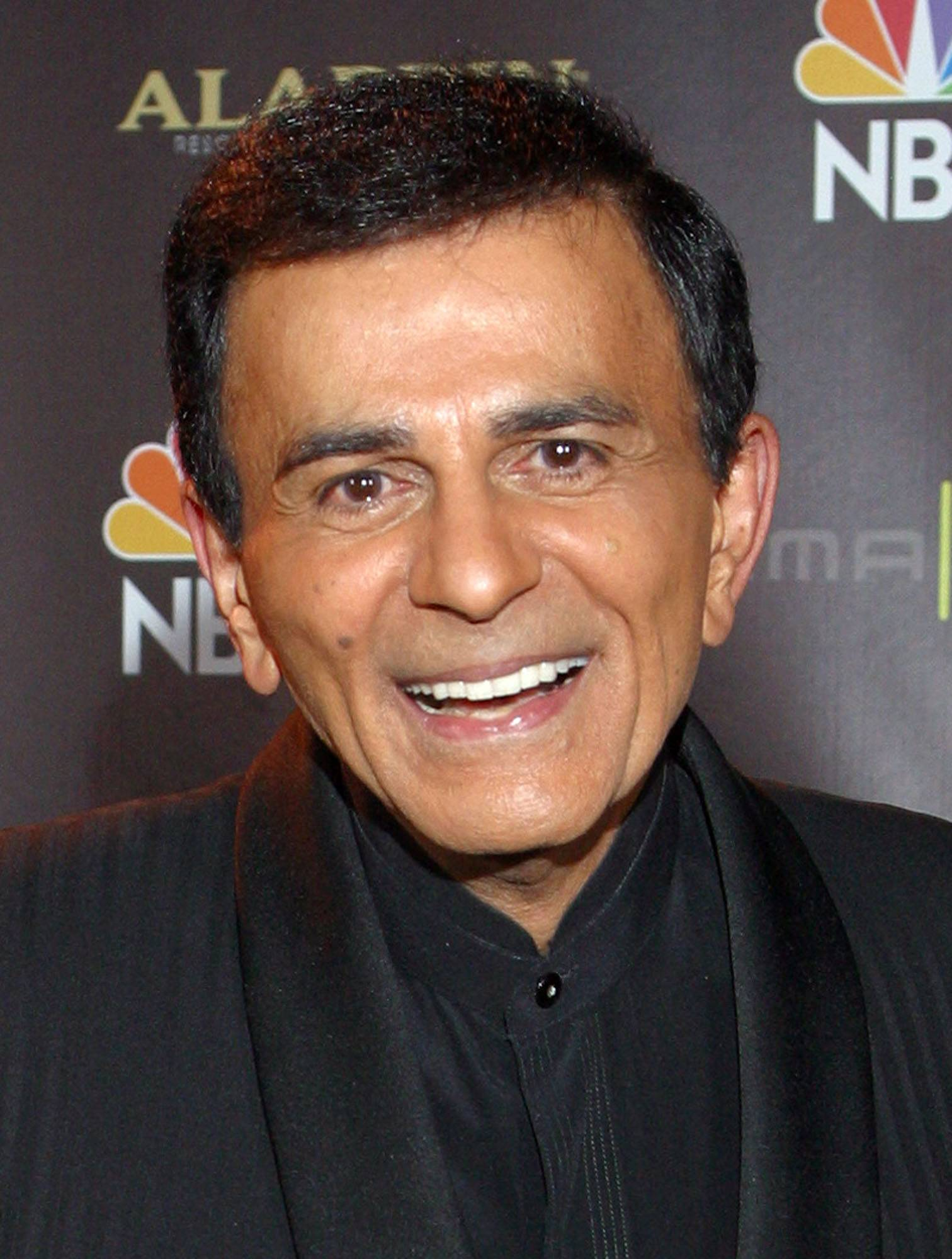 Casey Kasem poses for photographers in 2003 after receiving the Radio Icon award during The 2003 Radio Music Awards at the Aladdin Resort and Casino in Las Vegas.