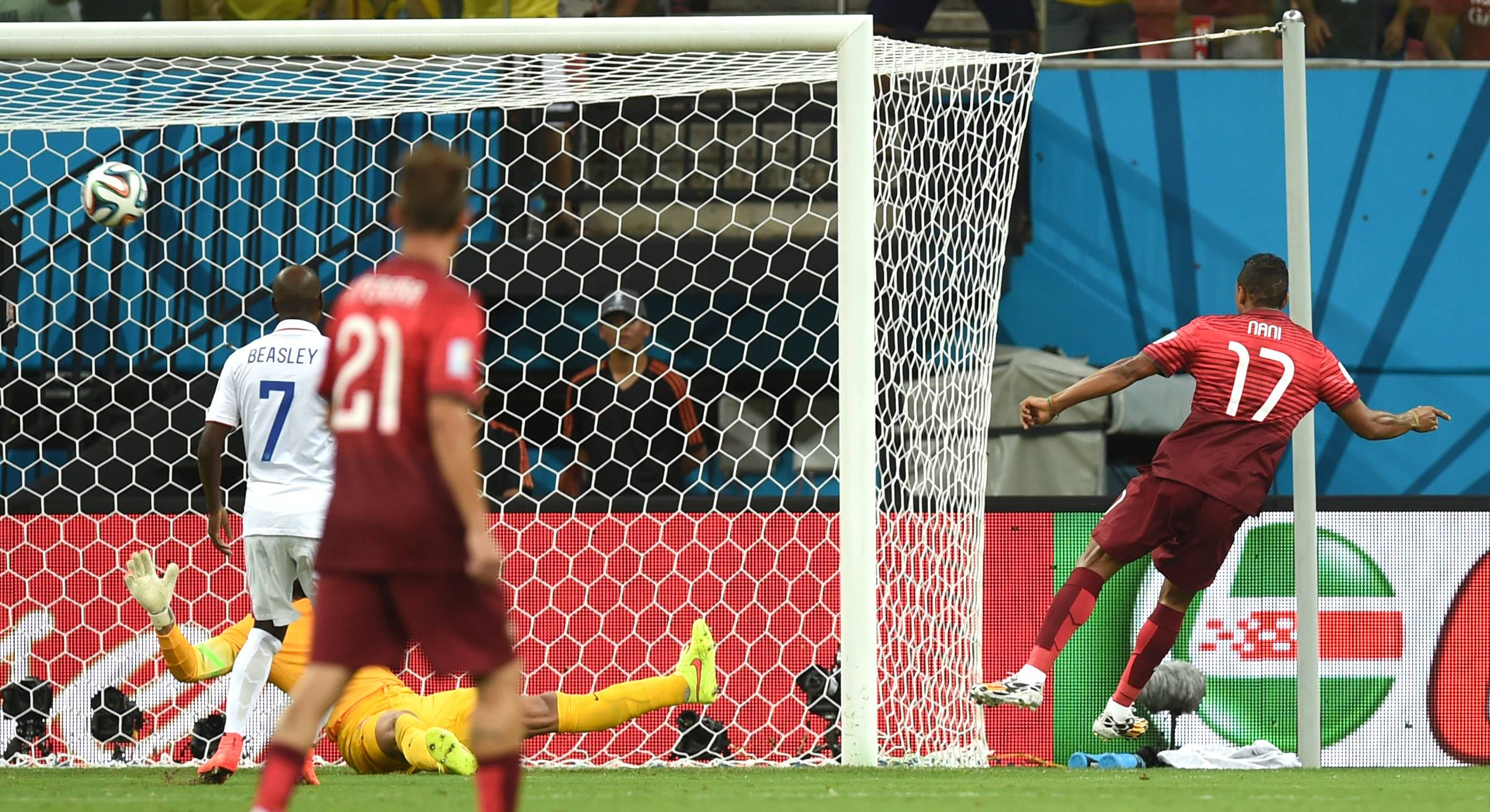 Portugal battles back to draw with U.S.