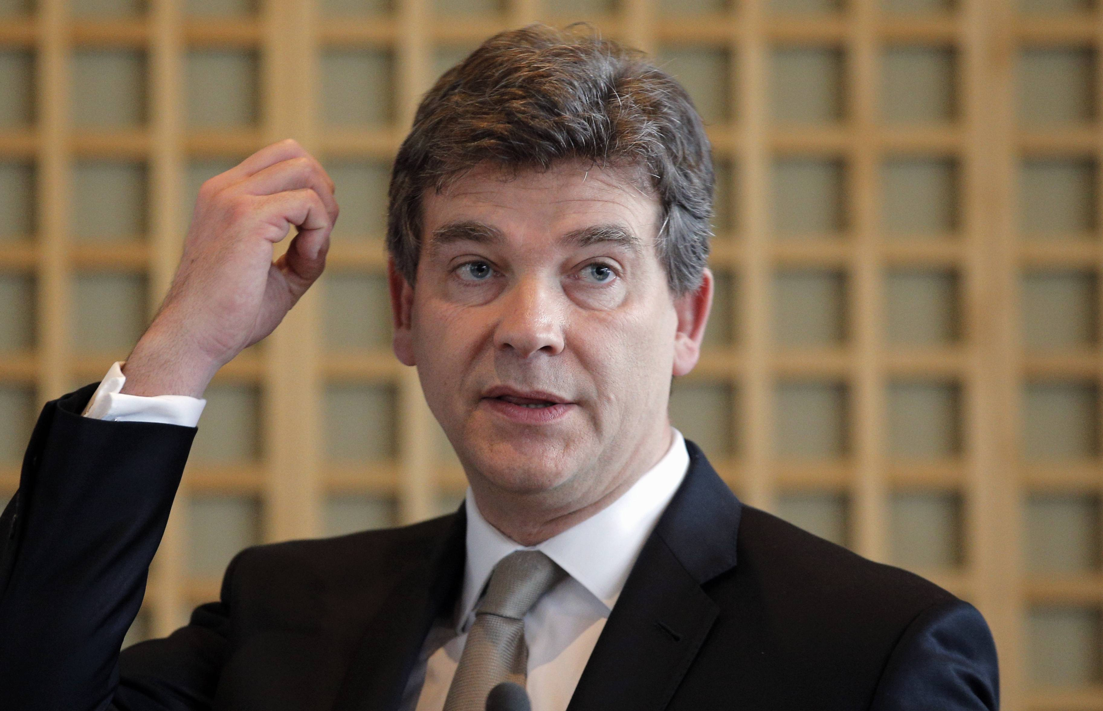 "French Finance Minister Arnaud Montebourg is urging U.S. authorities to be ""fair and proportionate"" when deciding on a potential multibillion-dollar fine against France's largest bank over its activities in countries Iran, Sudan and Cuba."