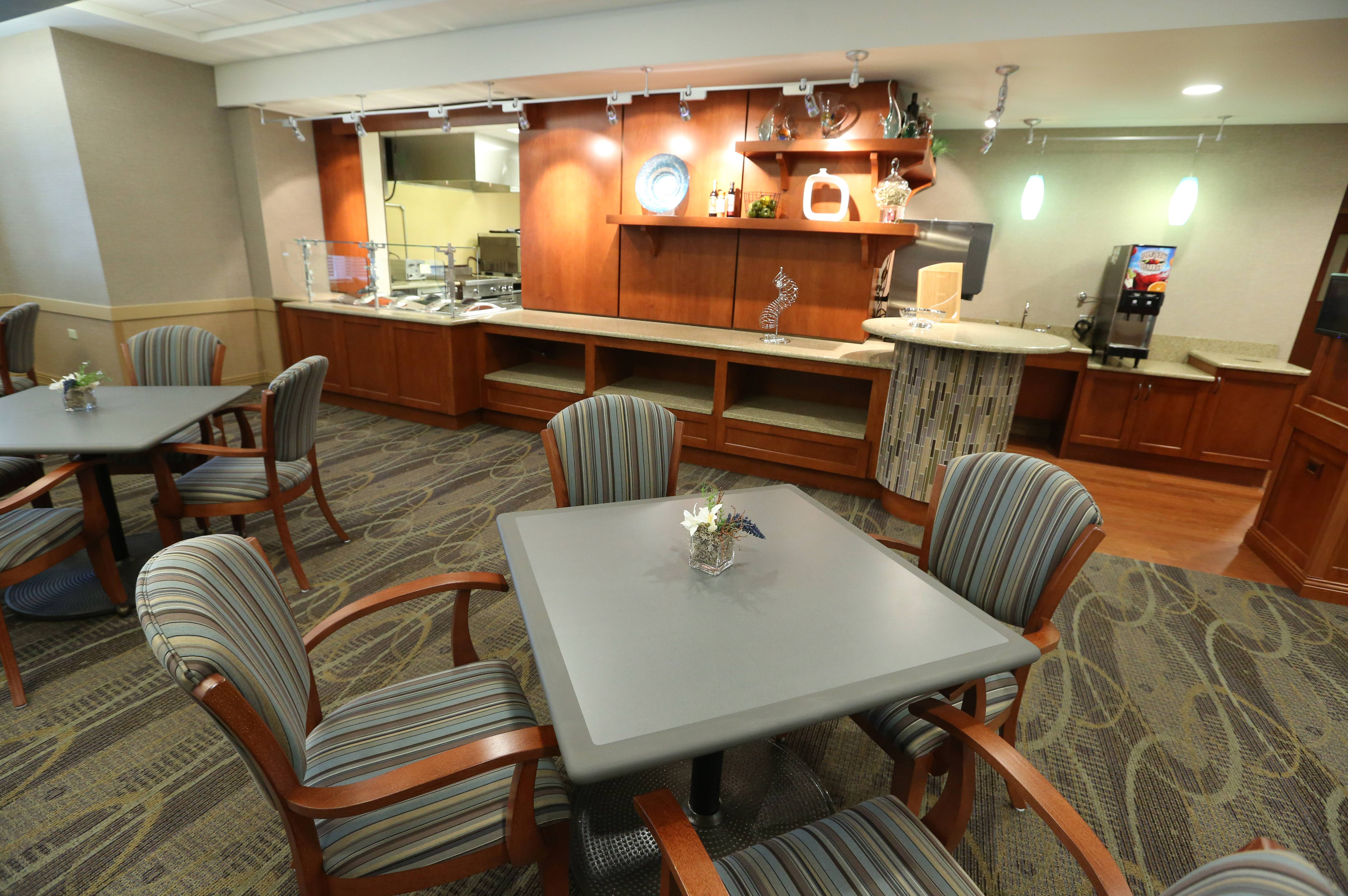 Lutheran Home's new MyRehab Center in Arlington Heights includes a bistro dining area. The center geared toward short-term rehabilitation patients is the first of a three-part, $64 million project to modernize and renovate Lutheran Home.