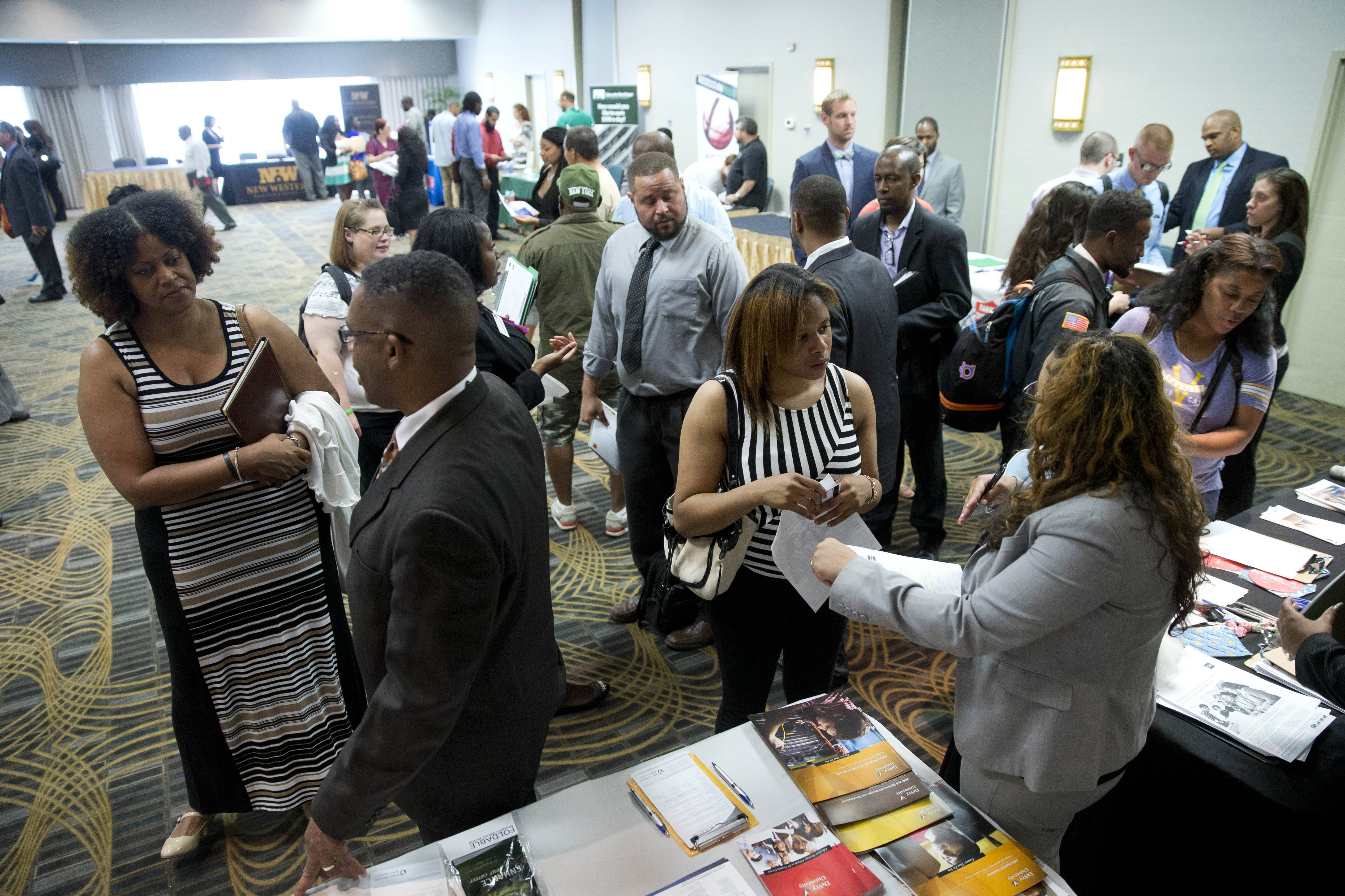 The number of Americans seeking unemployment benefits declined last week, the latest evidence that a sharp economic slowdown earlier this year hasn't caused employers to cut jobs.