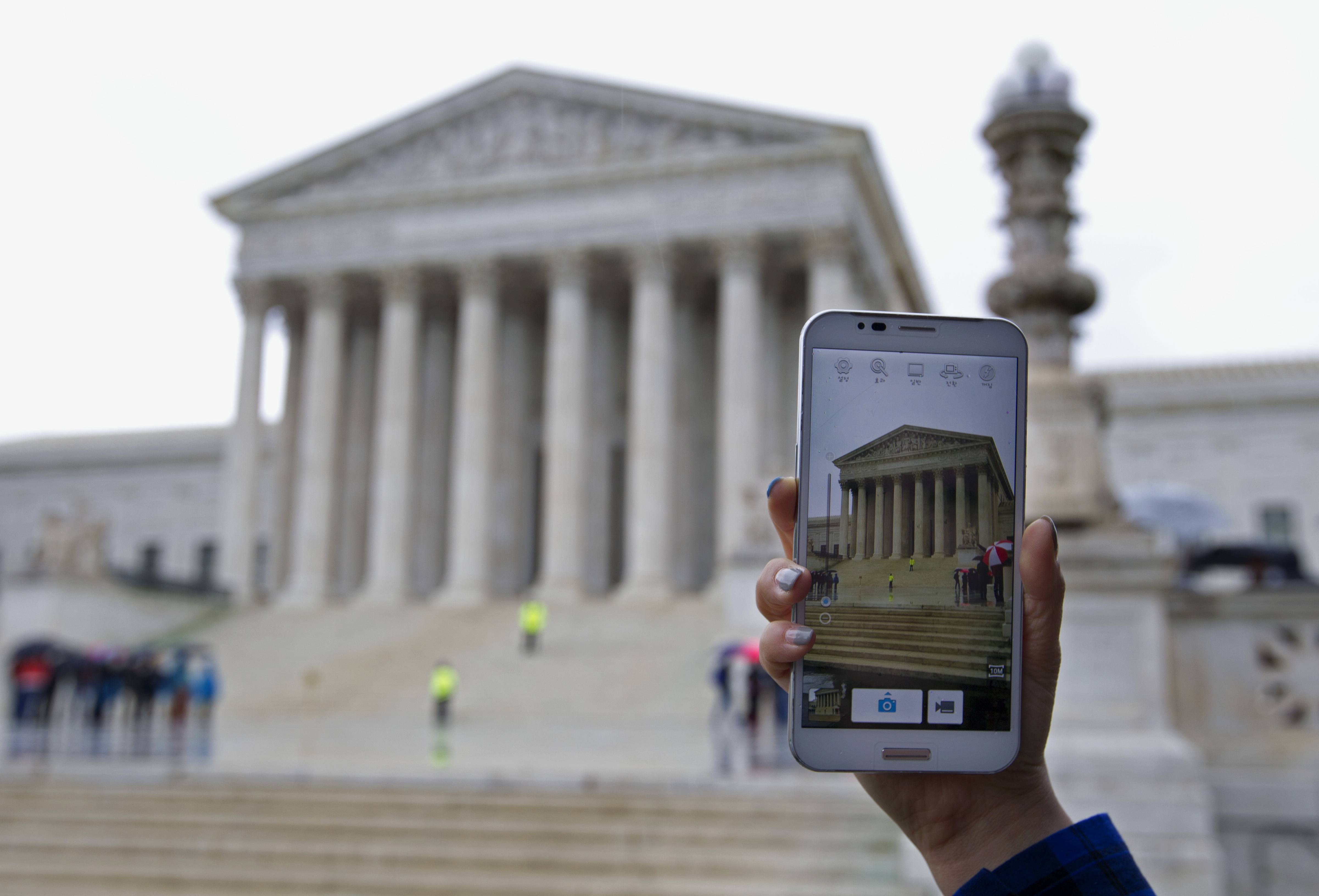 The Supreme Court ruling barring police from searching cellphones without a warrant had an immediate impact as police nationwide were briefed during roll calls, new procedures were issued and prosecutors discussed the potential impact to possibly thousands of pending court cases.