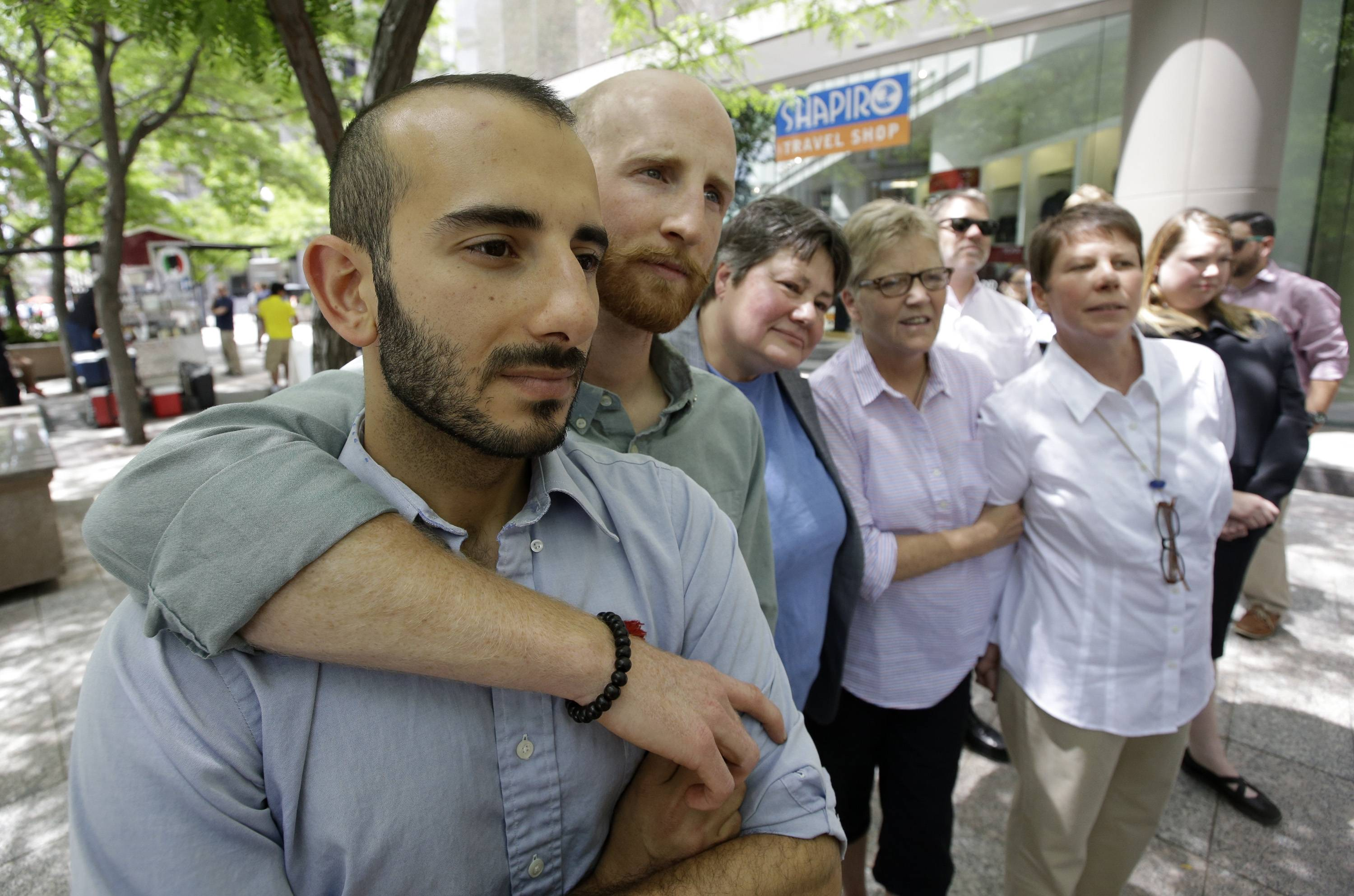 Experts: Ruling tees up gay marriage for top court