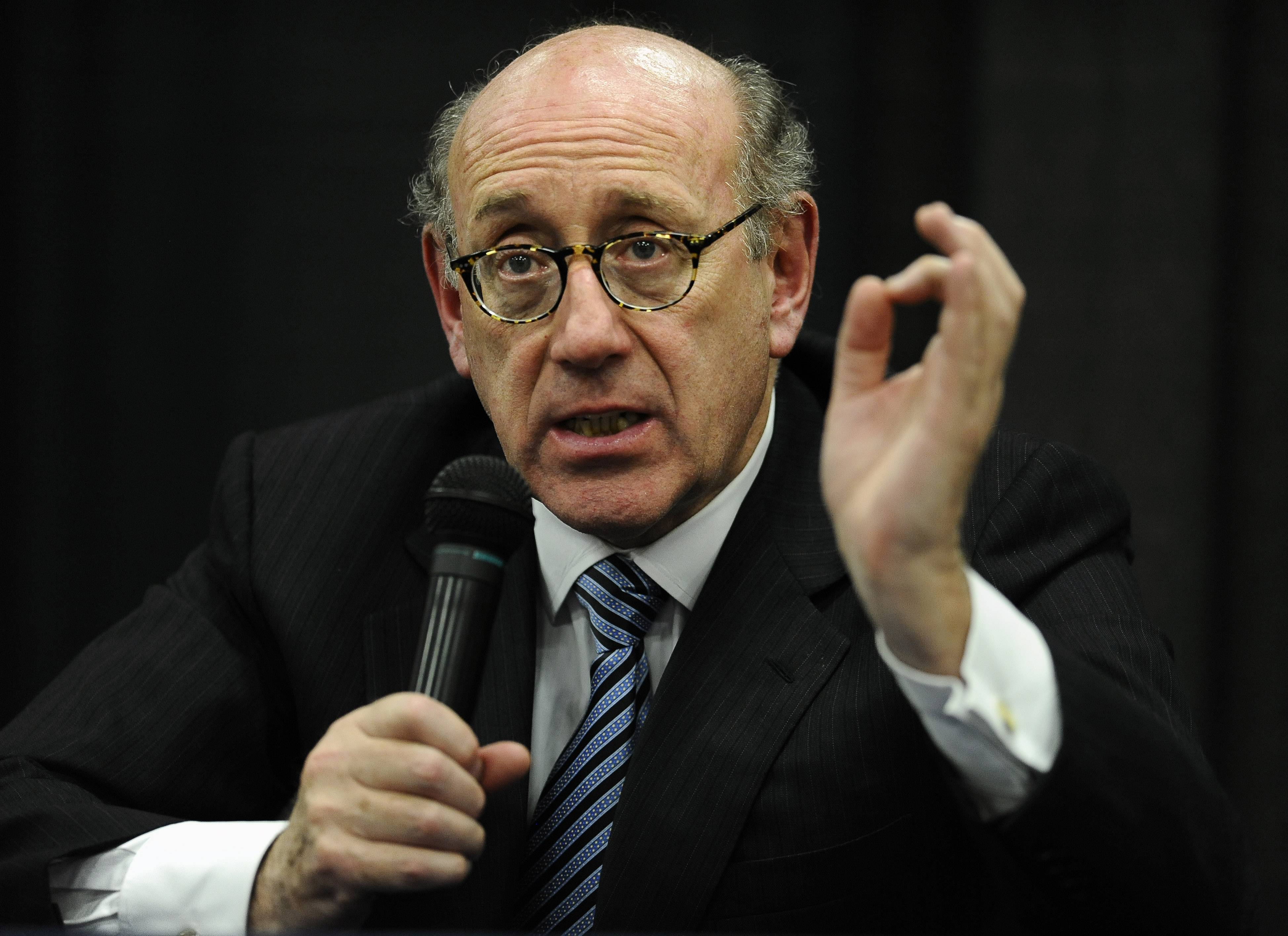 Attorney and special adviser Kenneth Feinberg speaks at a public forum on the distribution of Newtown donations at Edmond Town Hall in Newtown, Conn. Feinberg plans to announce on Monday the terms of General Motors' plan to pay victims of crashes caused by bad ignition switches.