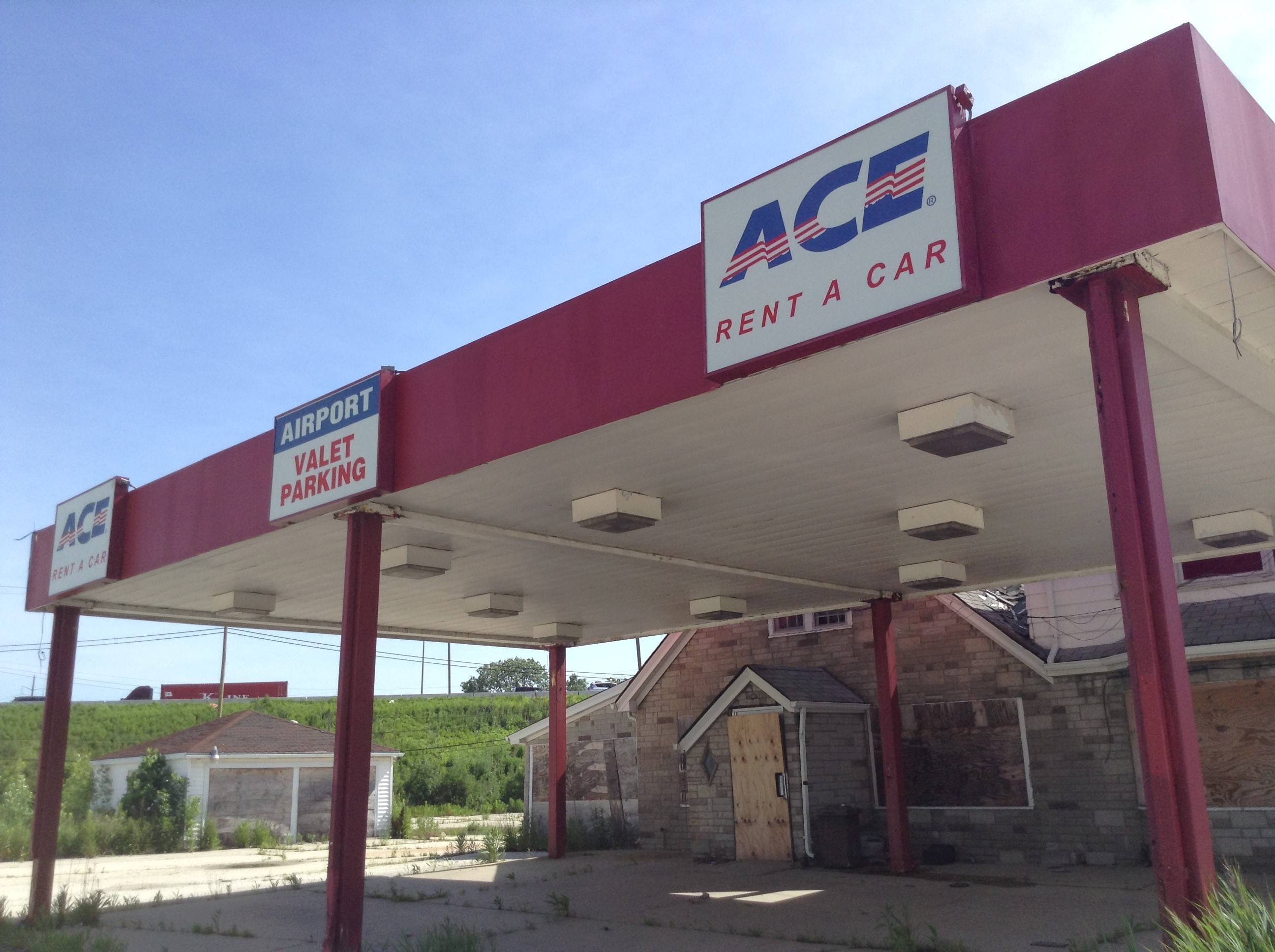 A now-shuttered Ace rental car agency sits within Des Plaines' seventh proposed tax increment financing district at Higgins and Mannheim roads.
