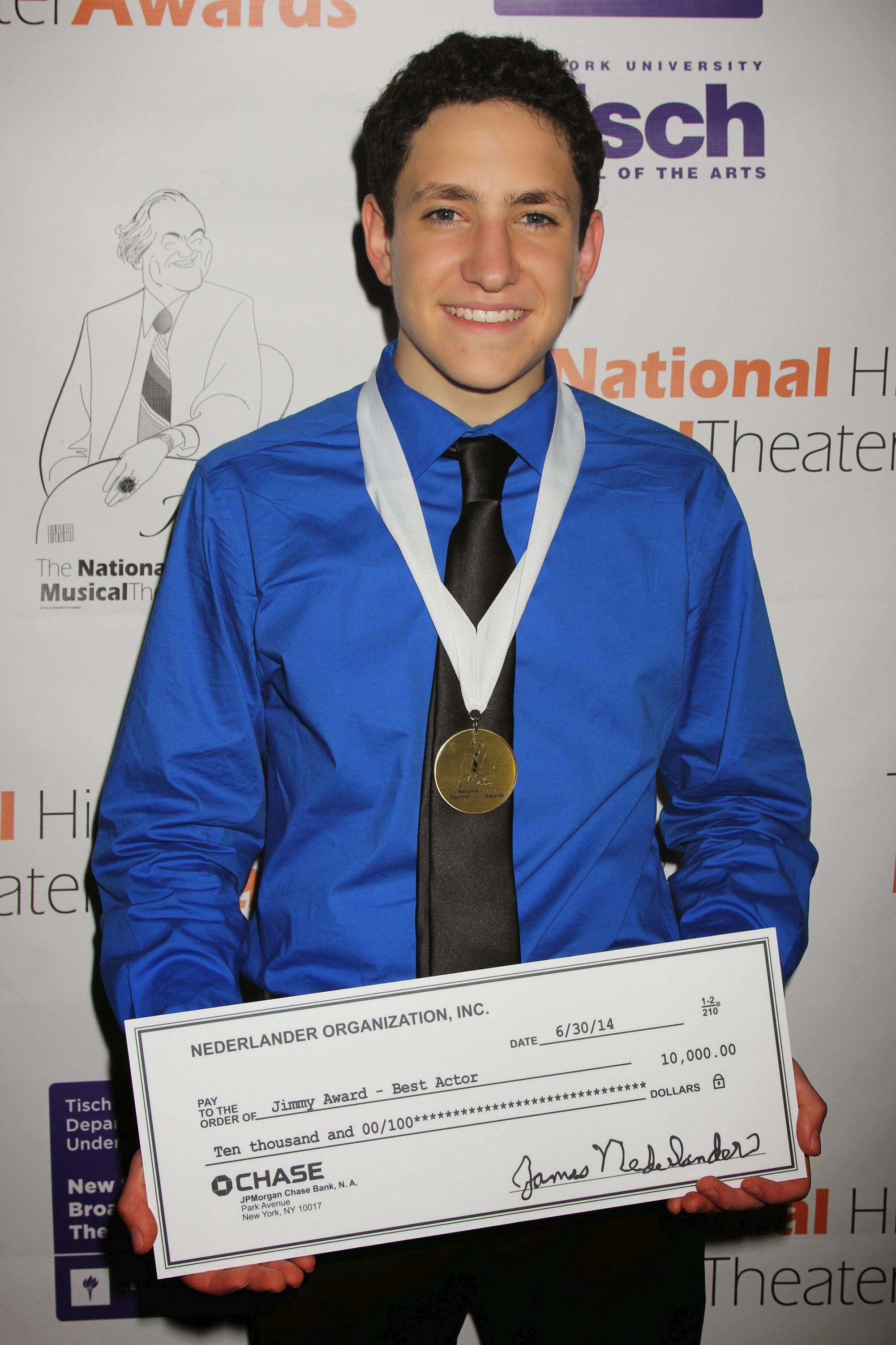 Jonah Rawitz of Buffalo Grove Monday won $10,000 and a Jimmy Award for best performance by an actor at the National High School Musical Theater Awards.