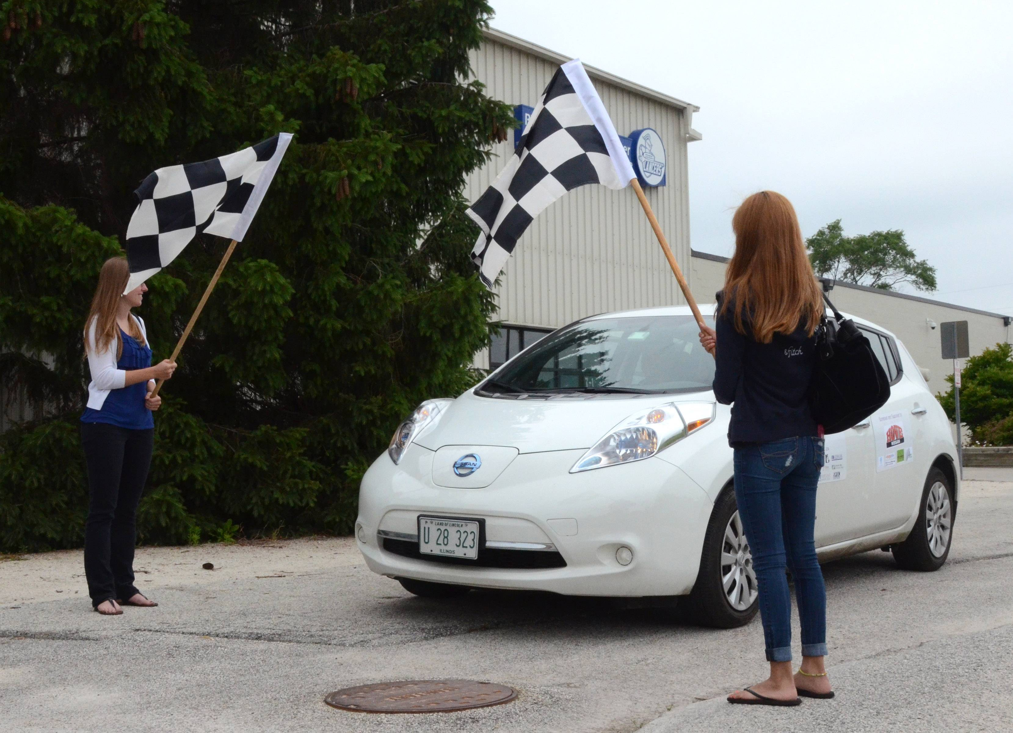 An electric vehicle road trip organized by the Illinois Green Economy Network and 10 participating community colleges made its final stop at the College of Lake County in Grayslake on June 25.