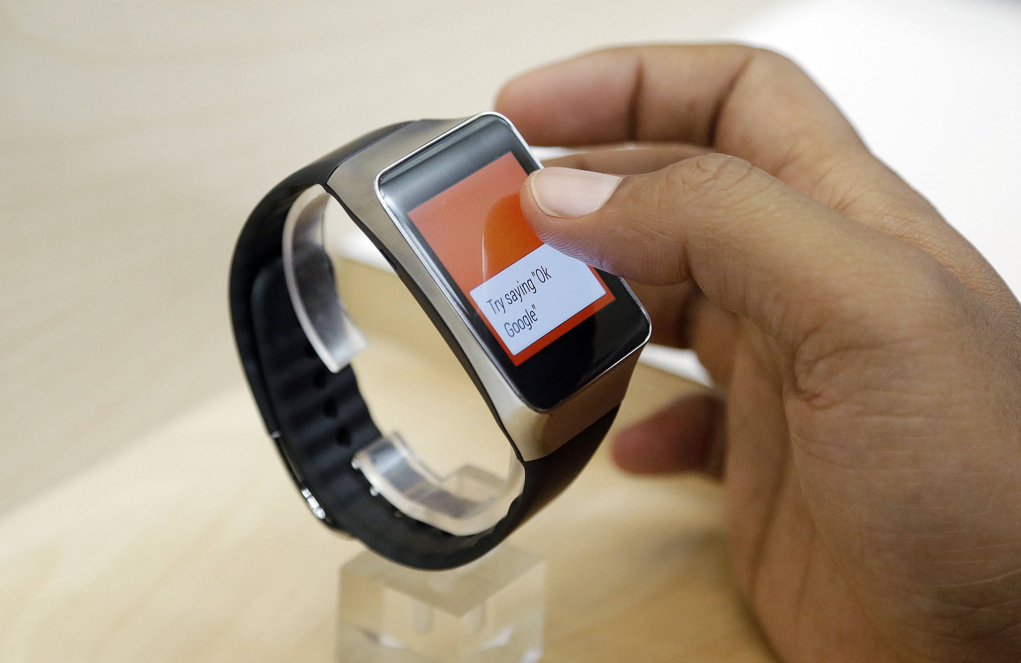 Samsung's Gear Live smartwatch will cost you $199.