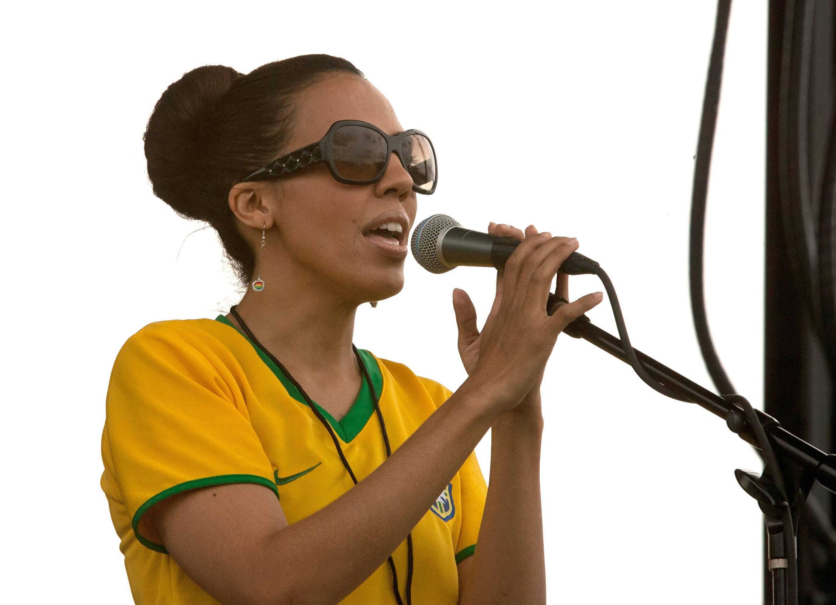 Vocalist Cecy Santana of Rio Bamba entertains a Ribfest crowd with a blend of Brazilian, Latin and American Jazz during the first Hispanic Day at Ribfest in Naperville.