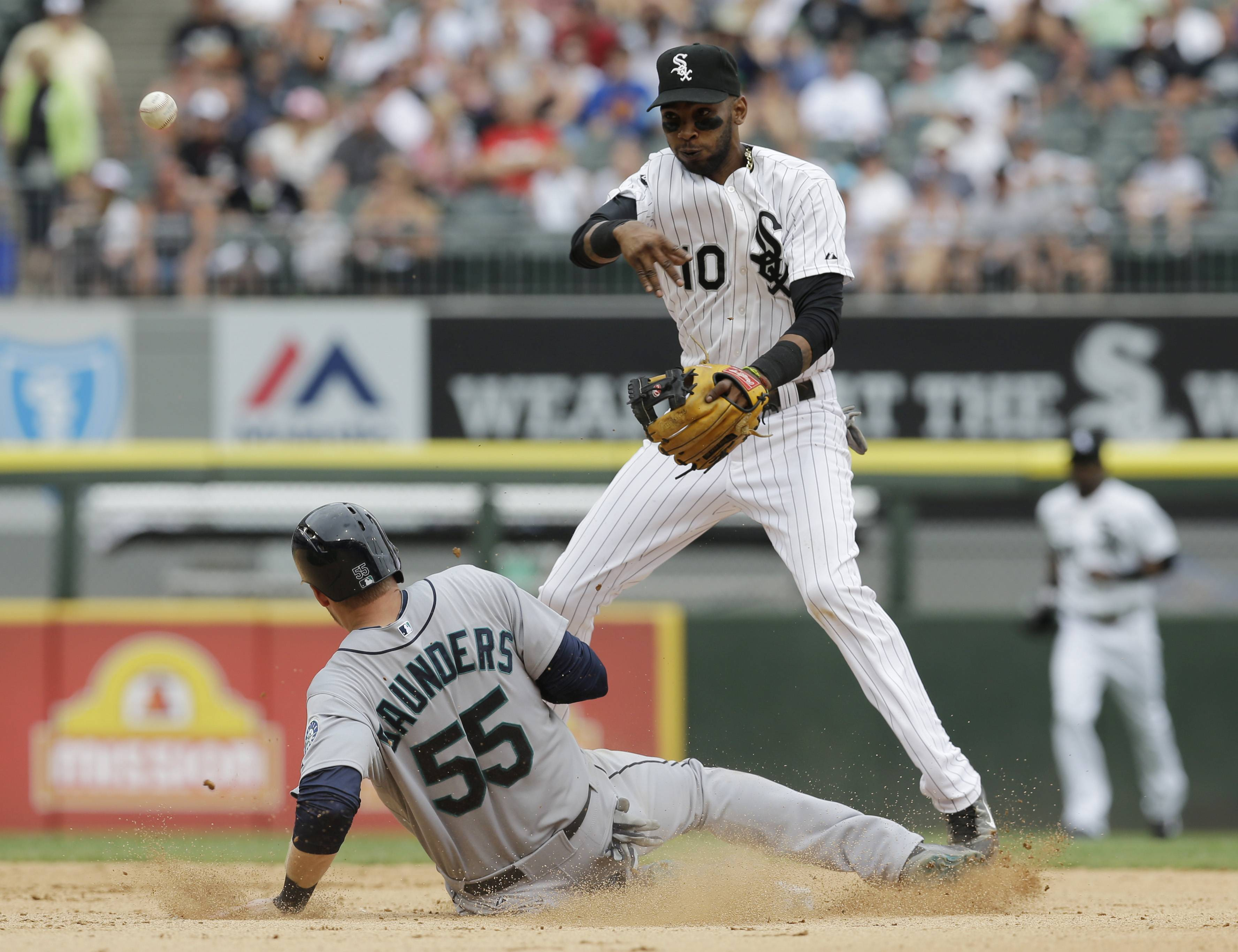 Smooth-field shortstop Alexei Ramirez was selected to his first all-star team Sunday. He's hitting .286 on the year with 8 homers and 41 RBI.