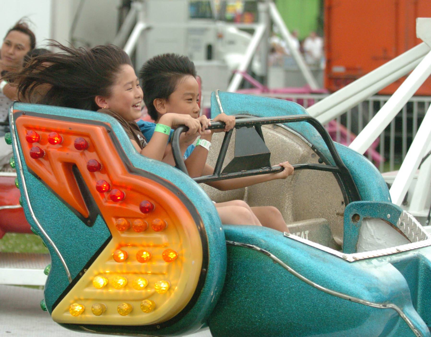 Glendale Heights Fest opens its five-run run Wednesday in Camera Park with carnival rides, music and plenty of food.
