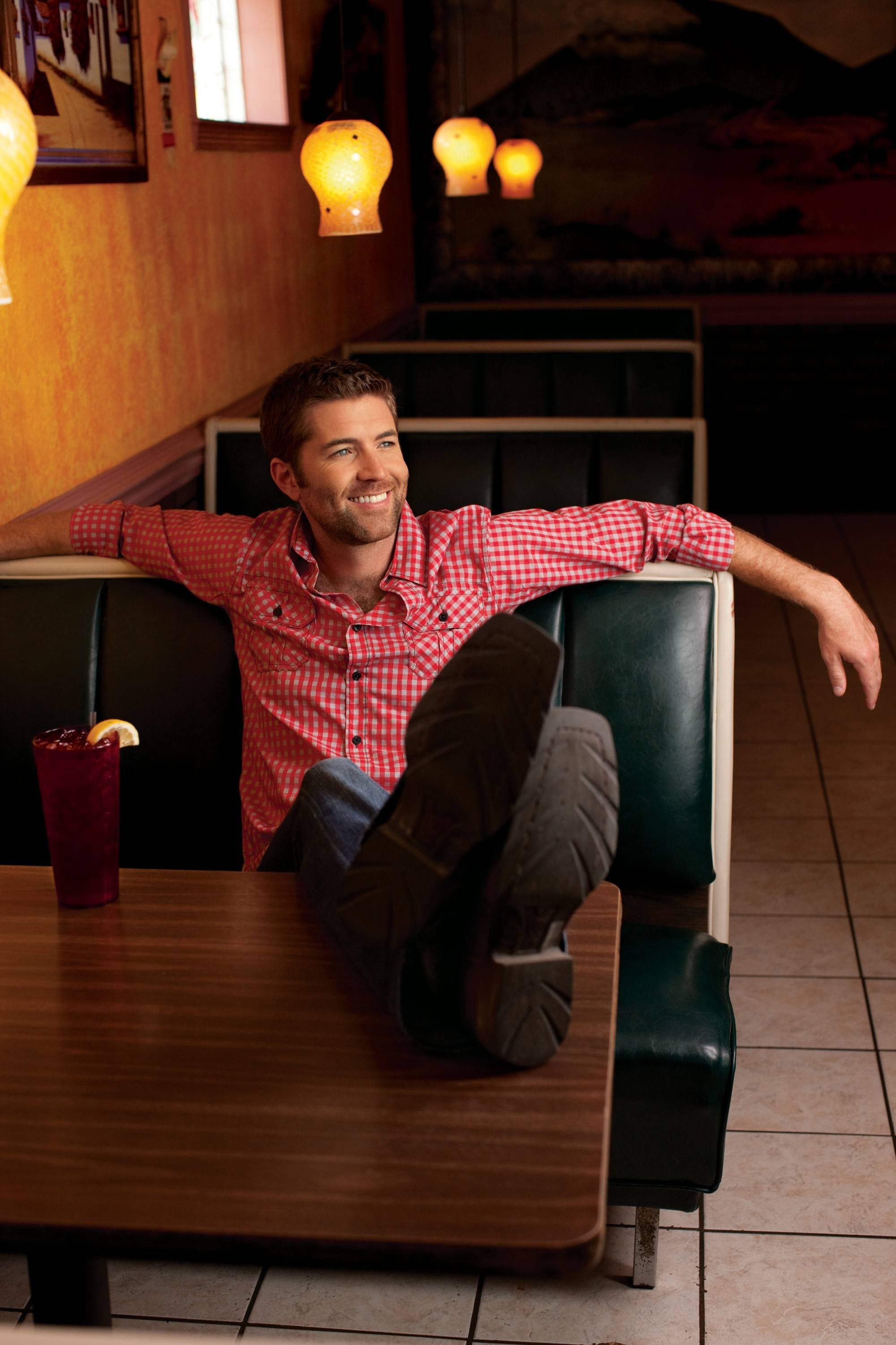 Country star Josh Turner performs at Festival Park adjacent to the Grand Victoria Casino in Elgin on Saturday, July 12.