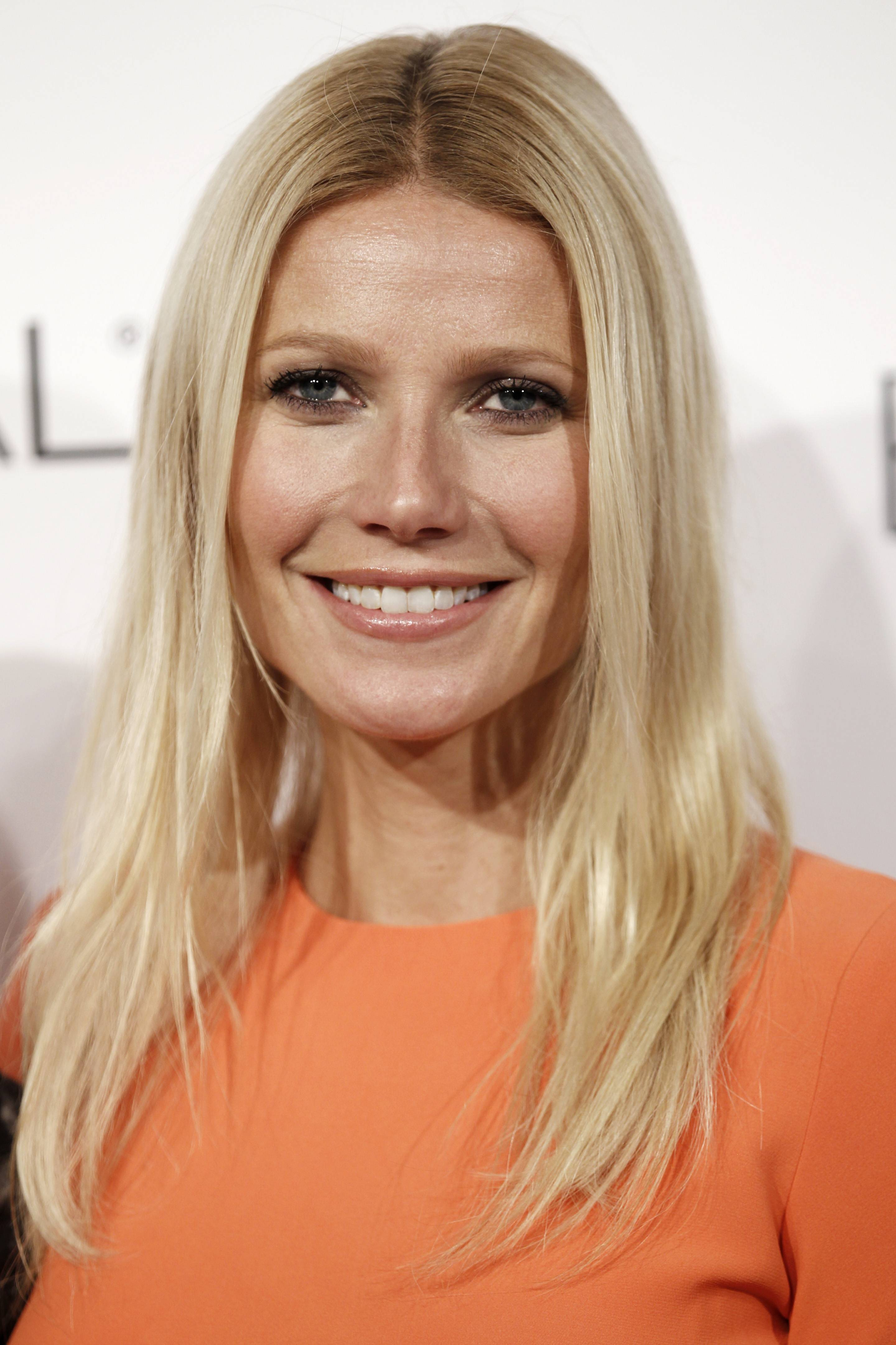 "Gwyneth Paltrow and Joel Gallen are returning to produce ""Stand Up to Cancer"" for a second time and other stars from TV, film and music will encourage and accept donations from the public. The money raised supports cross-disciplinary research toward new cancer treatments."