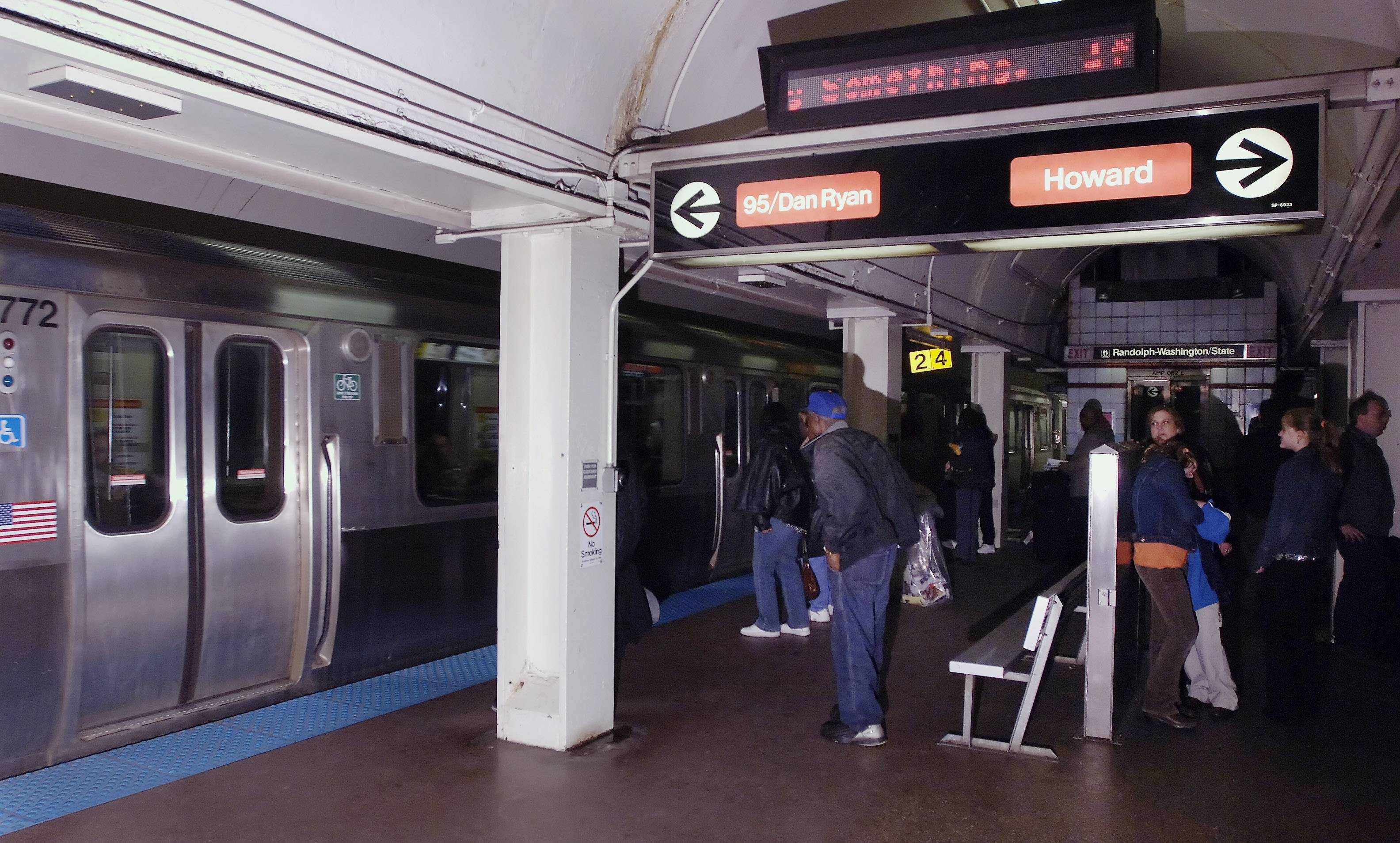 Chicago plans to upgrade wireless service to 4G in its subways and other underground transit facilities. Much of Chicago's commuter train network is elevated above street level, but more than 11 miles of the system is underground.