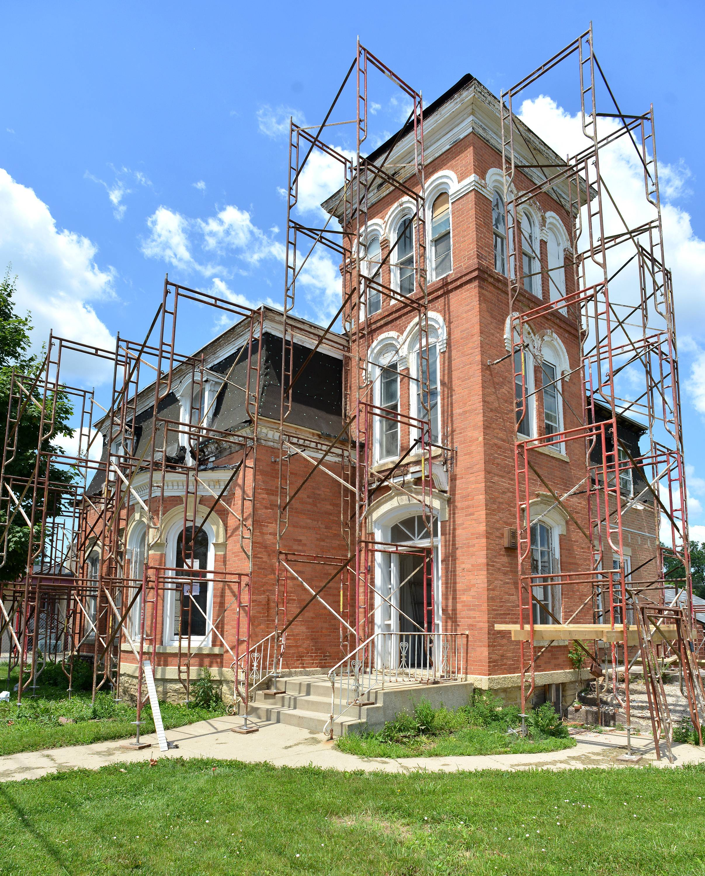 Restoration work continues on the Joel Wiant House in West Chicago. The house, built around 1869 for local businessman Joel Wiant, had fallen into a state of severe disrepair.