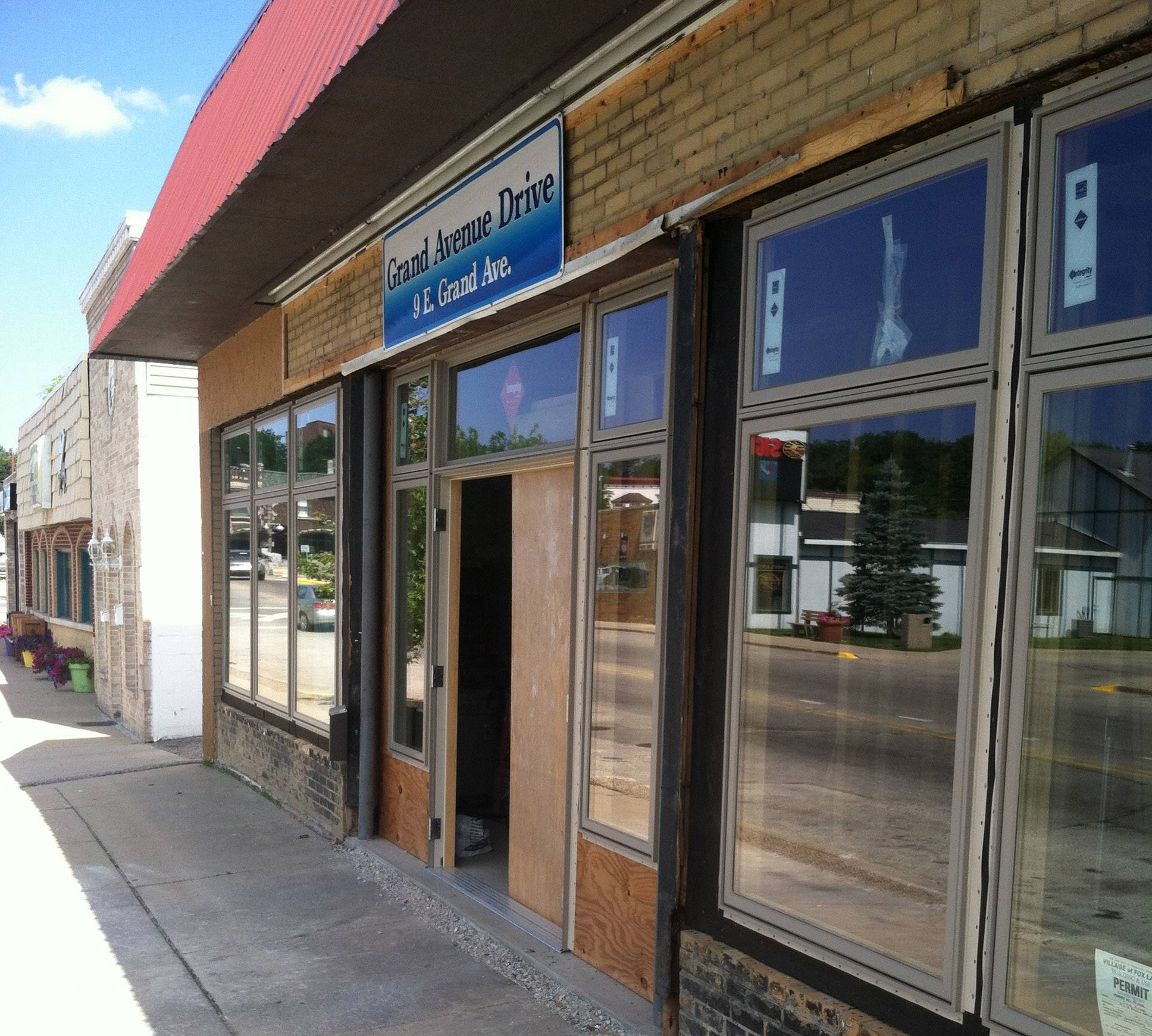 Fox Lake to review 'mistake' in $8,000 storefront facade grant