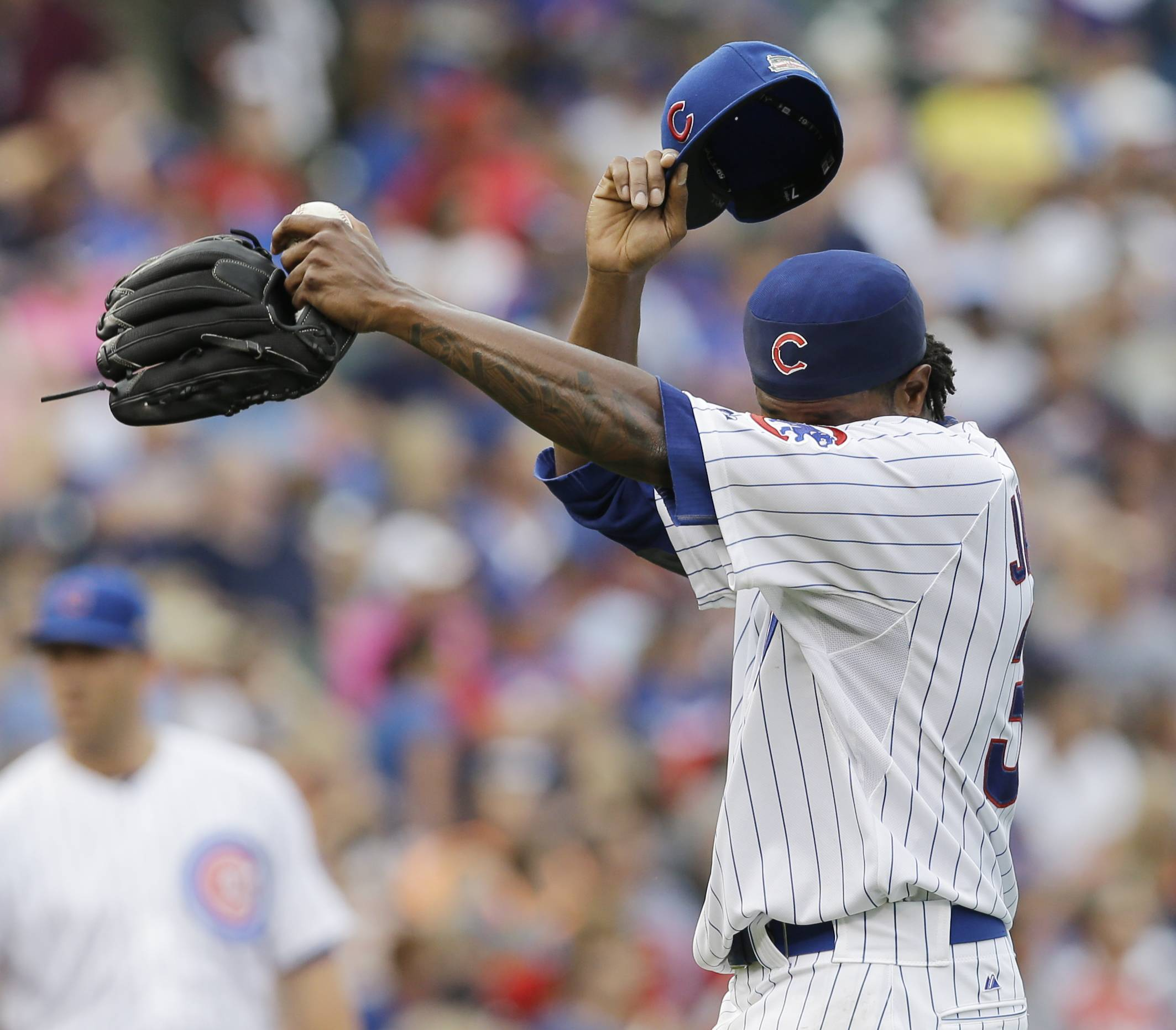 Cubs starter Edwin Jackson didn't make it out of the fourth inning on Saturday against the Braves.