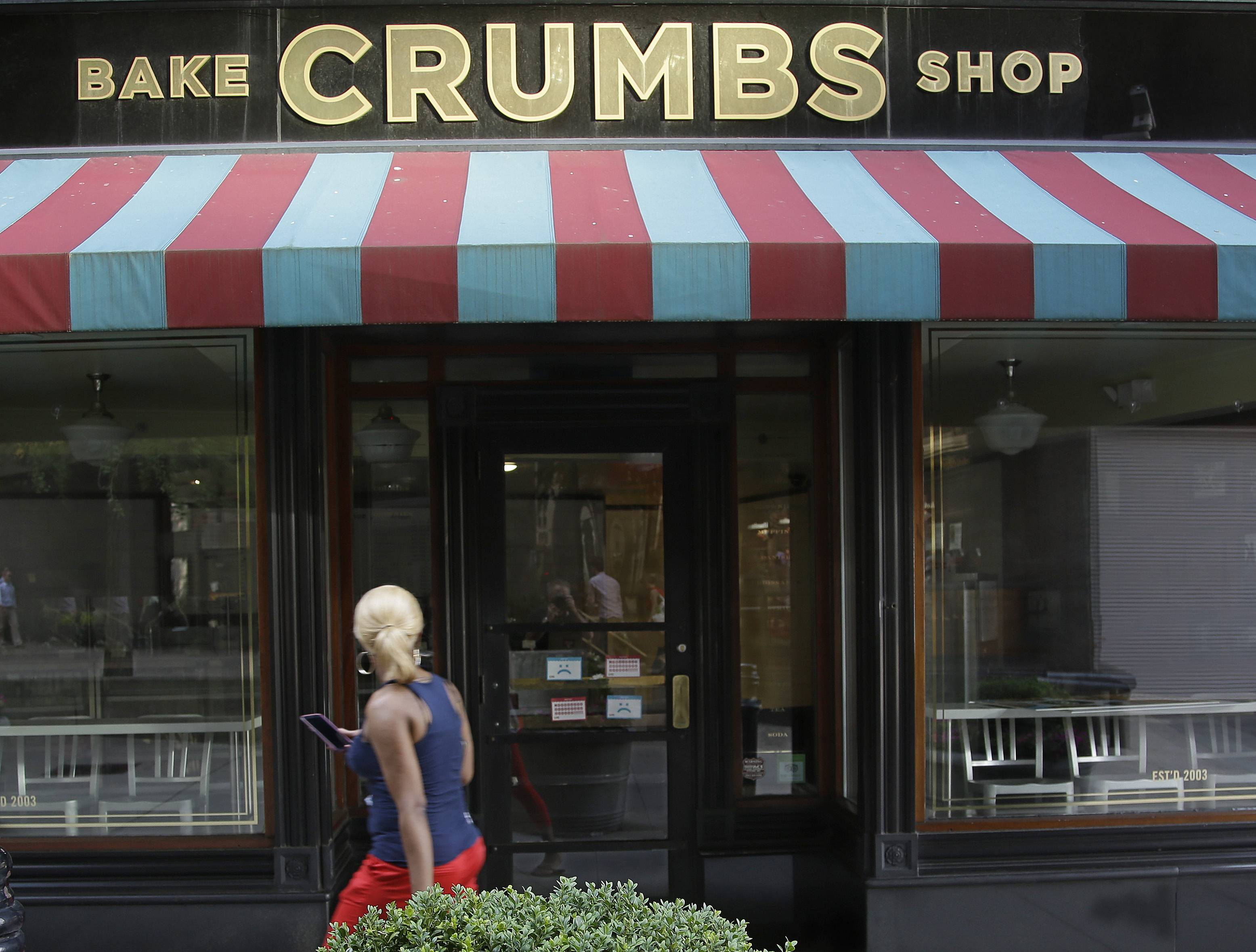 A Crumbs cupcake shop sits empty Tuusday on Federal Street in Boston.