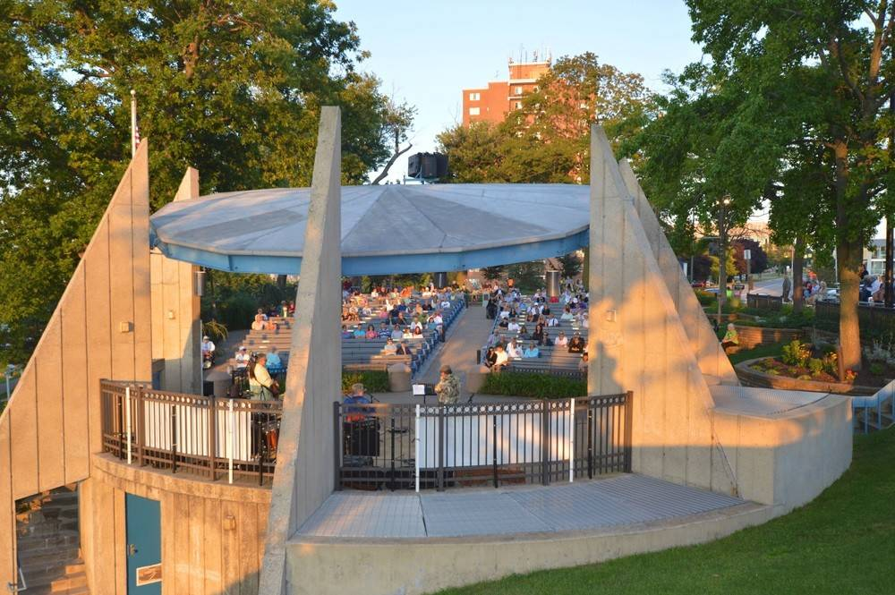 St. Joseph, Michigan, showcases folk, rock, blues, jazz, bluegrass and classical music this summer during free concerts presented three times a week.