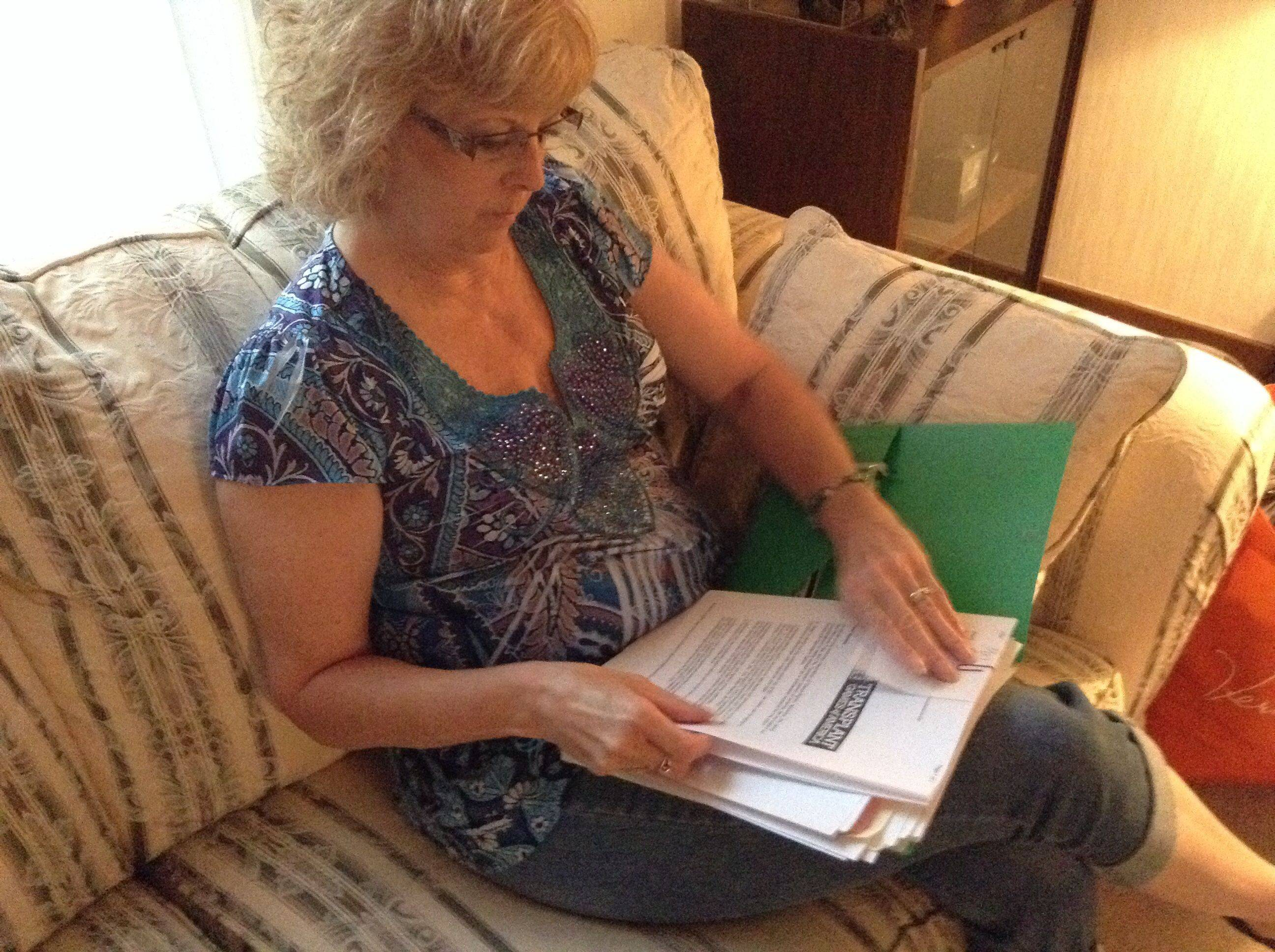 Mounds of paperwork tell the story of how Donna Stout would have died without the heart donated by a young woman who died of a head injury. The 57-year-old Batavia woman is swimming today in the Transplant Games of America as a way to thank organ and tissue donors and show the power of those donations.