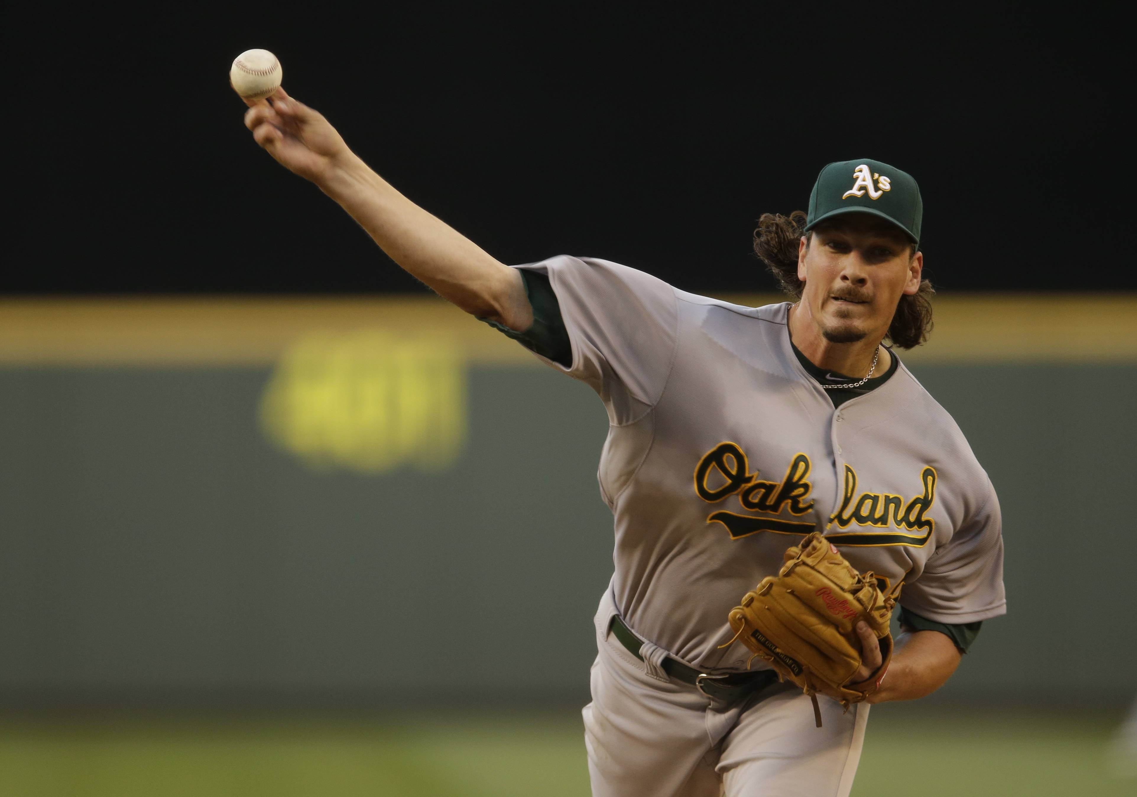 Keeping Jeff Samardzija would have kept the Cubs competitive this year, but trading him along with Jason Hammel means the North Siders are one step closer to being a yearly playoff contender, according to Len Kasper.