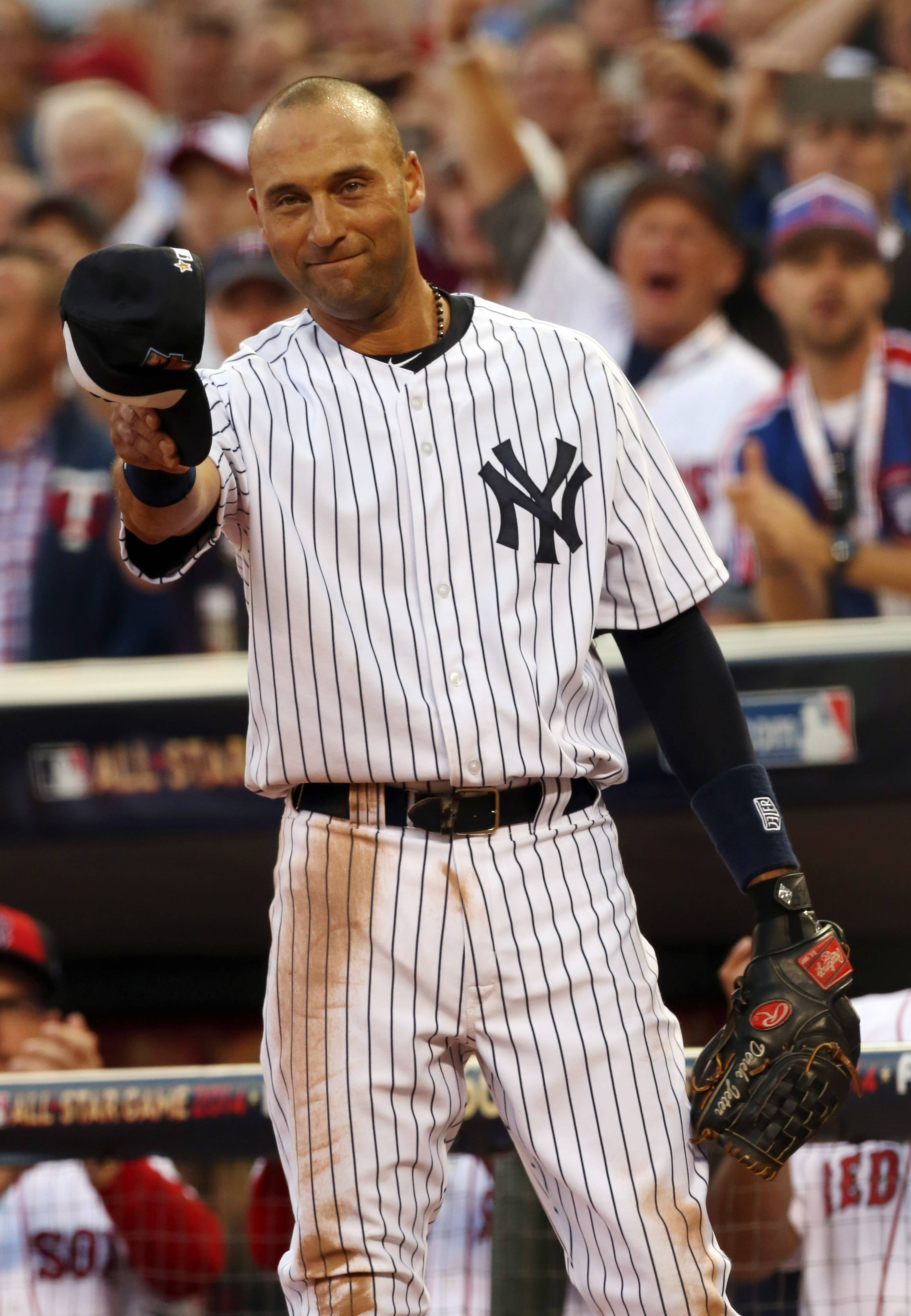 Playing in his final All-Star Game, Yankees shortstop Derek Jeter waves as he is taken out in the fourth inning Tuesday night at Target Field in Minneapolis.